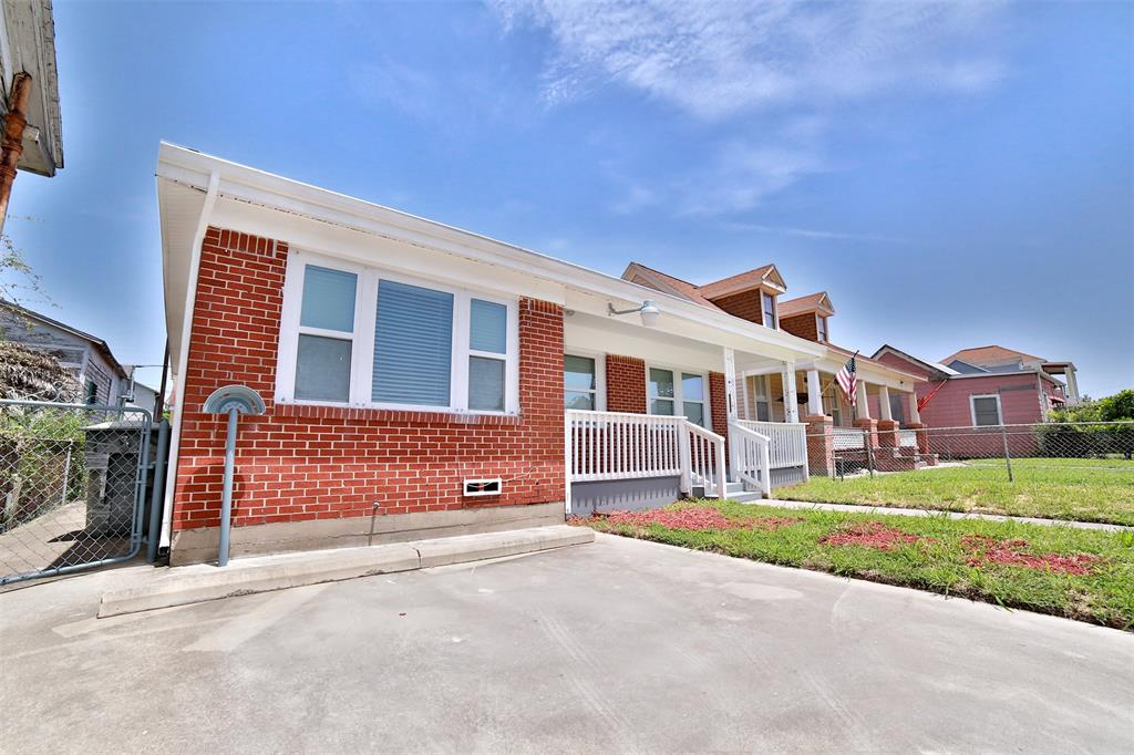 3218 Avenue M 1/2 , Galveston, TX 77550 - Property Listing at The Reyna Group