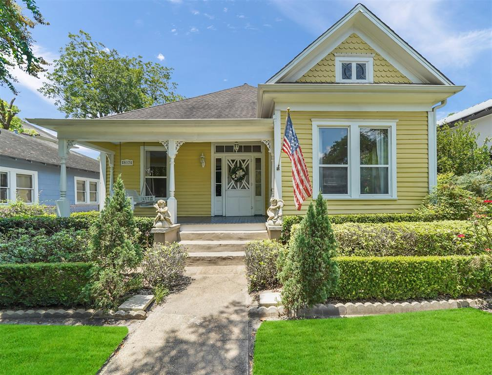 817 Columbia Street, Houston, TX 77007 - Property Listing at The Reyna Group