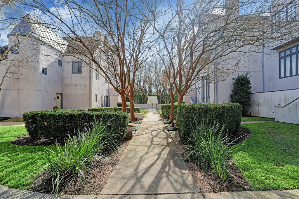 1397 Arlington Street, Houston, TX 77008 - Property Listing at The Reyna Group