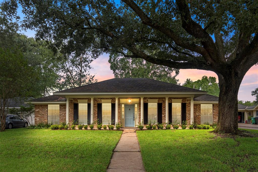 2511 Hollow Hook Road, Houston, TX 77080 - Property Listing at The Reyna Group