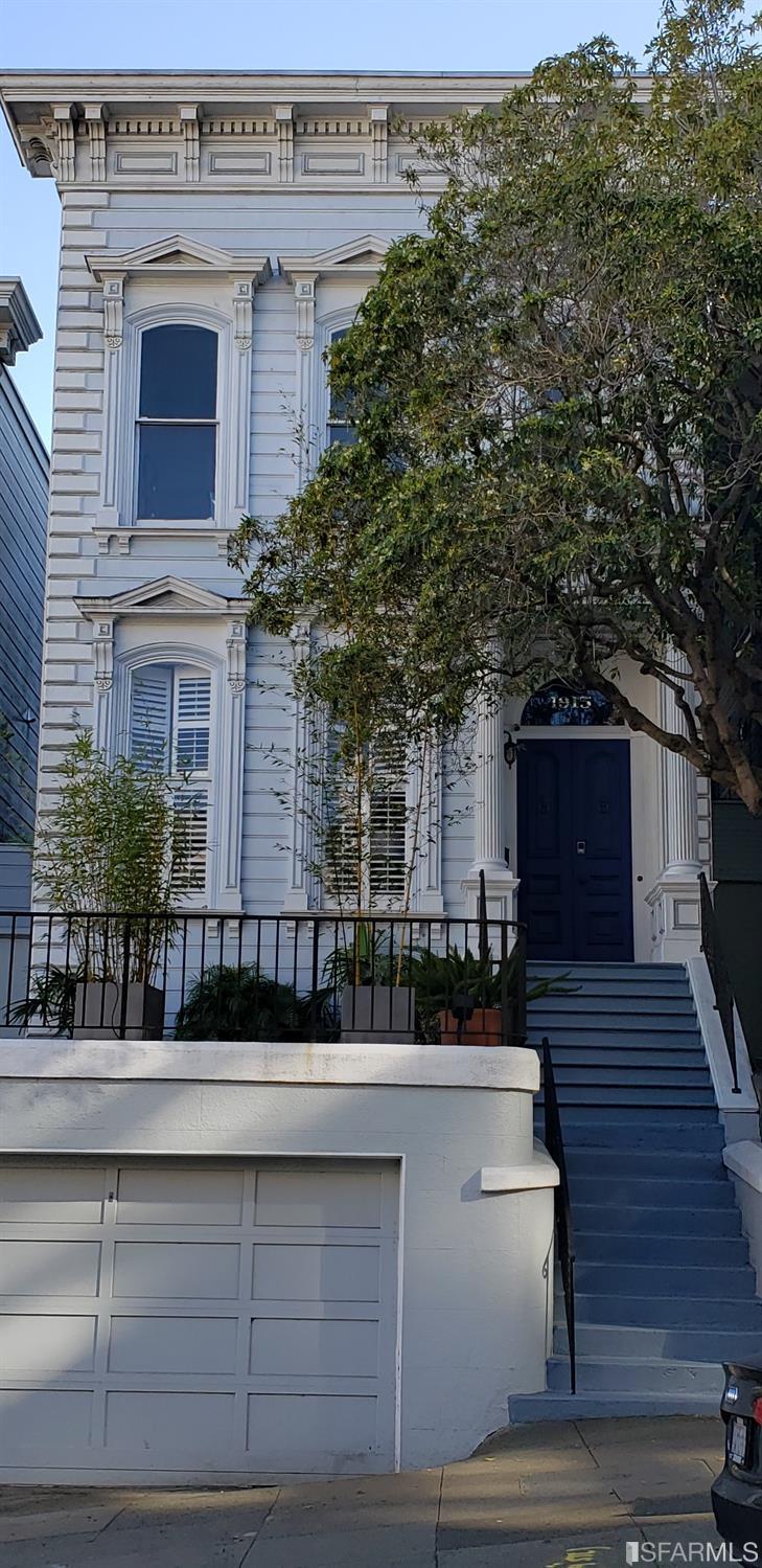 1915 Sacramento Street San Francisco CA 94109