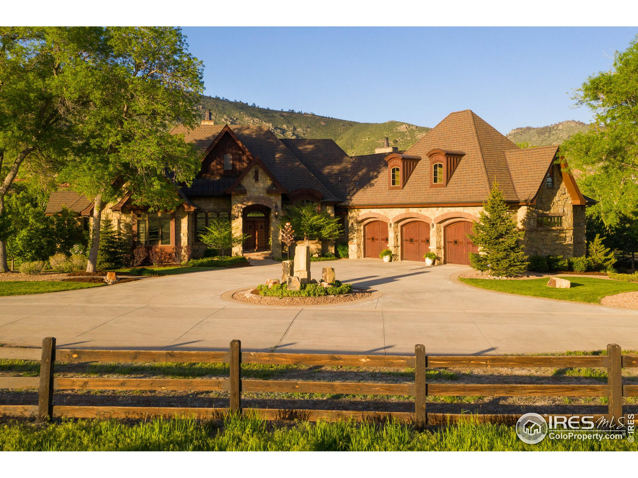 Luxurious 9,000 Sq. Ft. Main Residence
