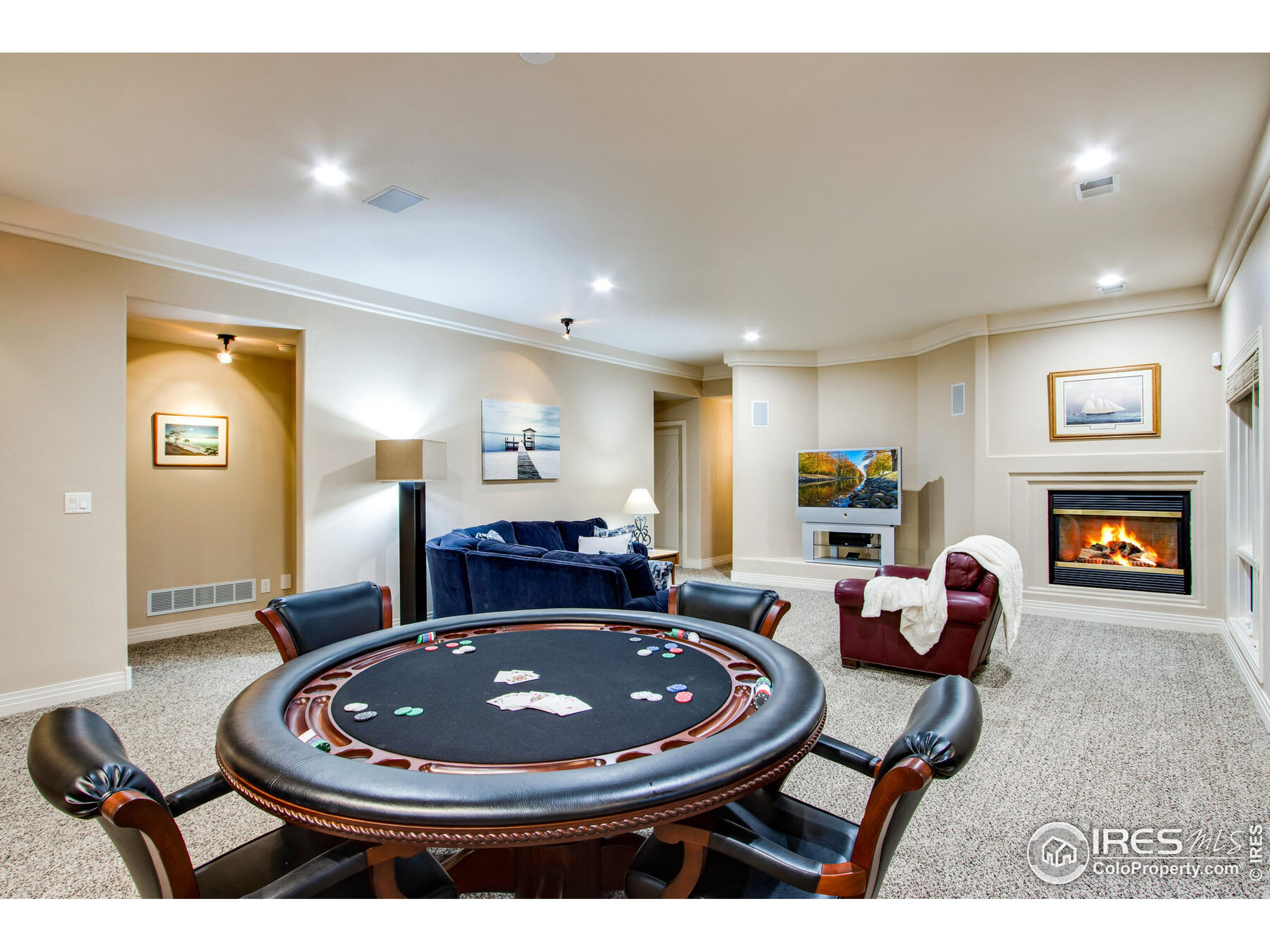 Plenty of room for card/game nights surrounded by warm fires & entertainment