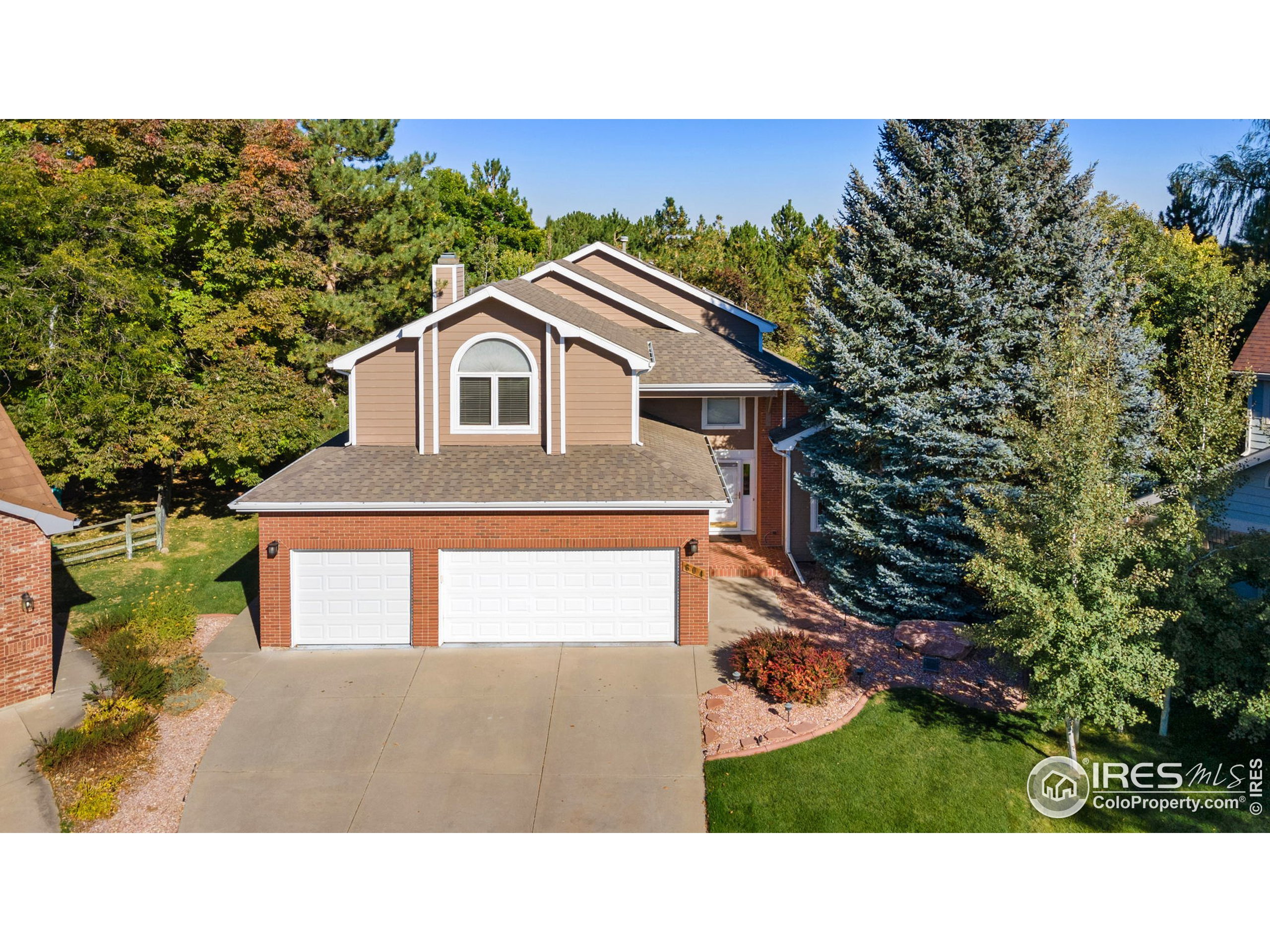 604 Hinsdale Ct, Fort Collins, CO 80526
