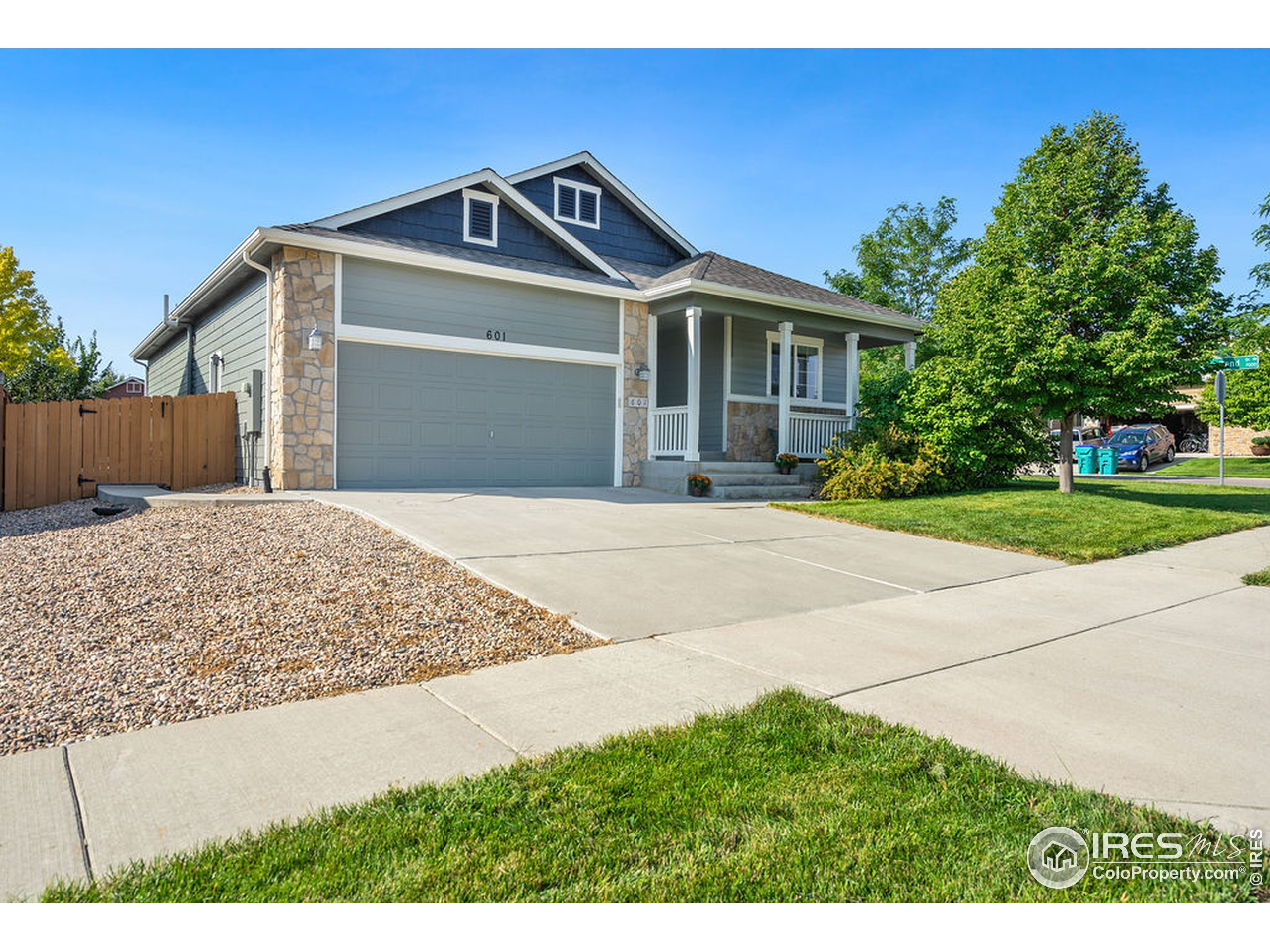 601 Stoney Brook Rd, Fort Collins, CO 80525