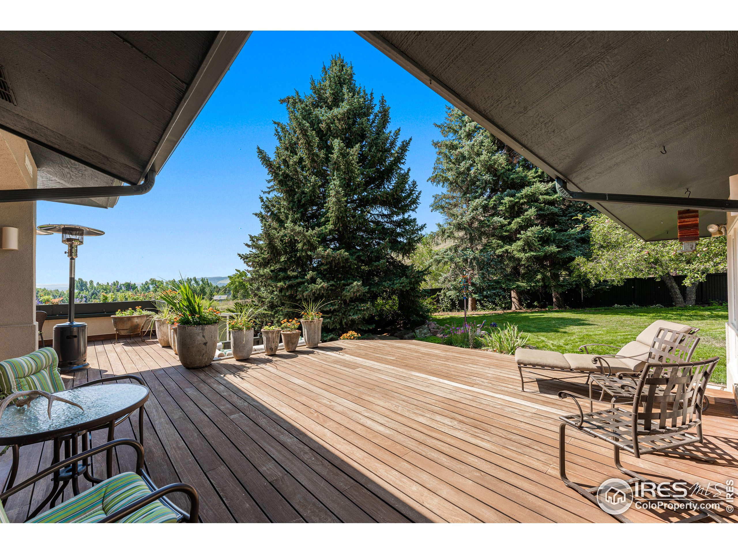 Covered deck dining area