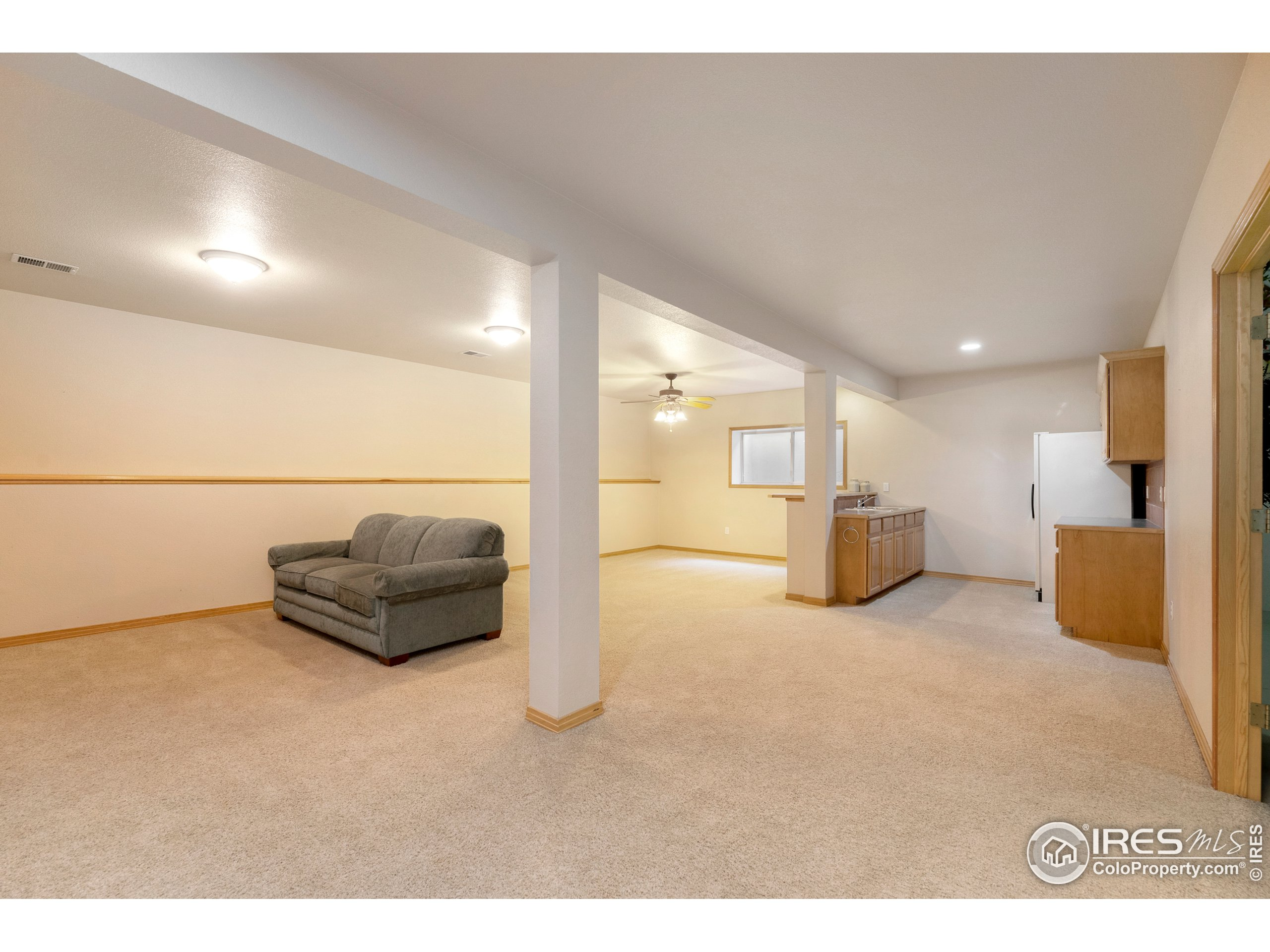 Lower Level Family Room with built in snack bar
