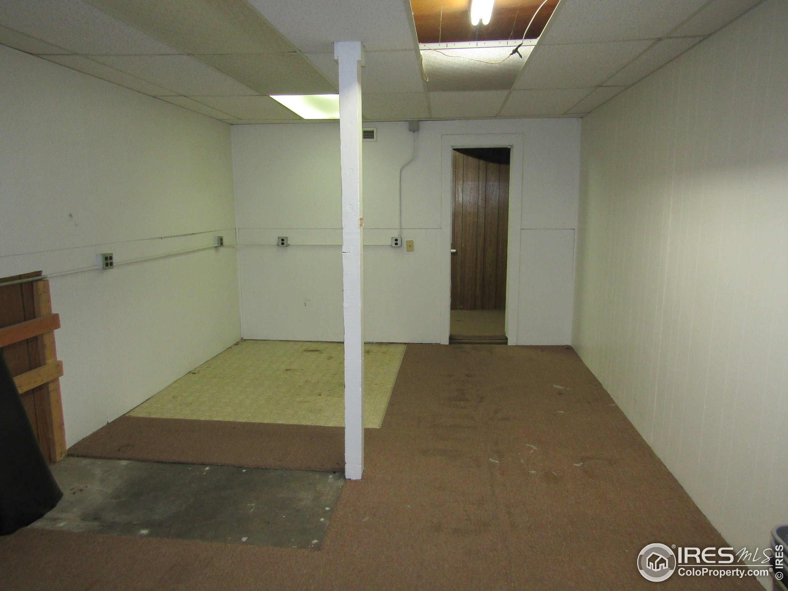 Possible office 3 in unit 2 or great storage