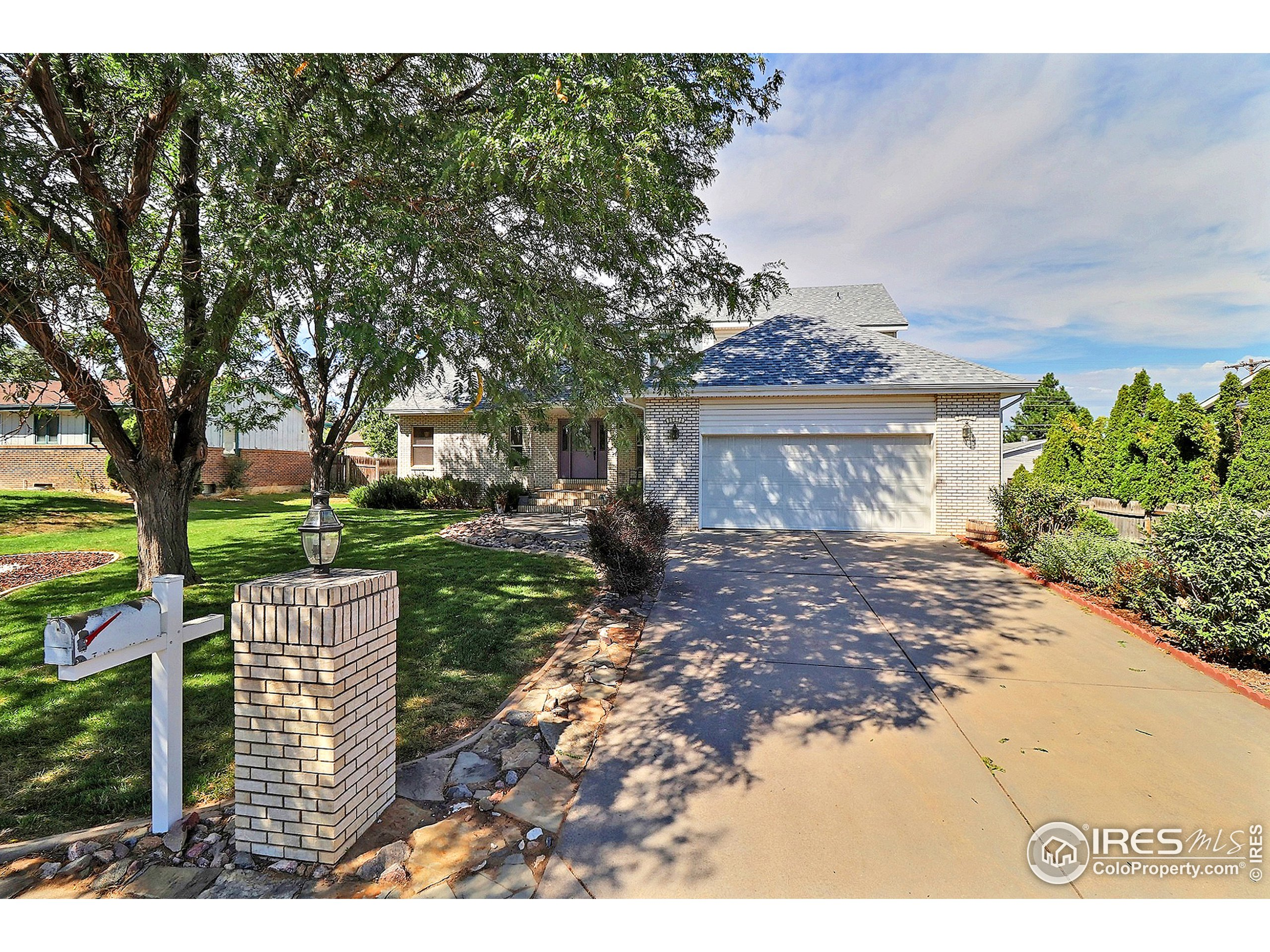 Great Curb Appeal...Welcome Home!  Hurry Before It's Gone!