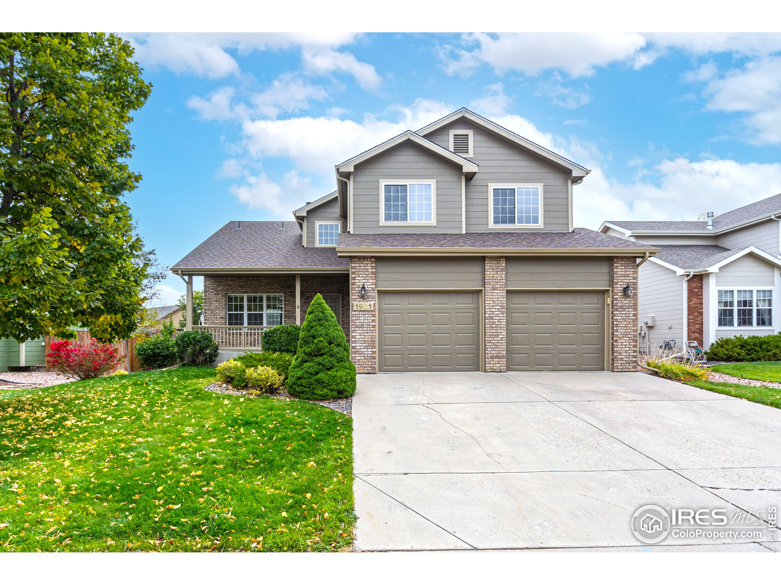 1921 Lookout Ln, Fort Collins, CO 80526
