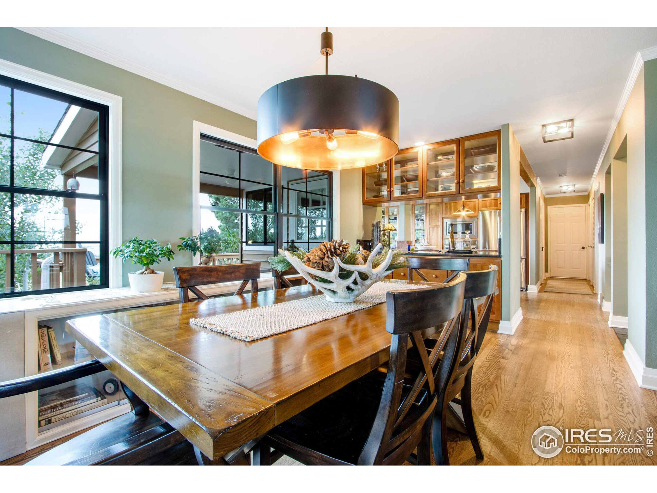 Originally built in 1978 and extensively remodeled over the years.  Newly refinished site finished hardwood floors and gorgeous slate tile entry and hallways.