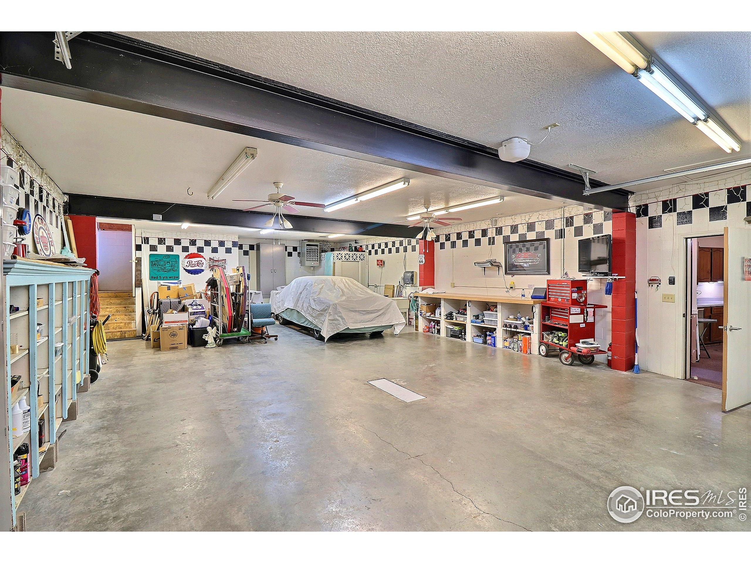 Inside The Garage is a Workshop of your Dreams!