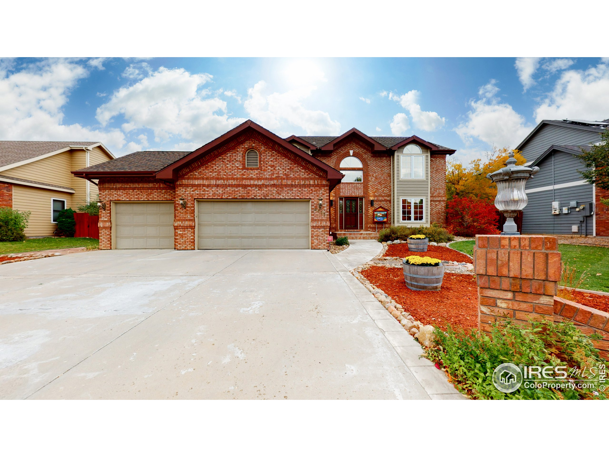 5425 Hilldale Ct, Fort Collins, CO 80526