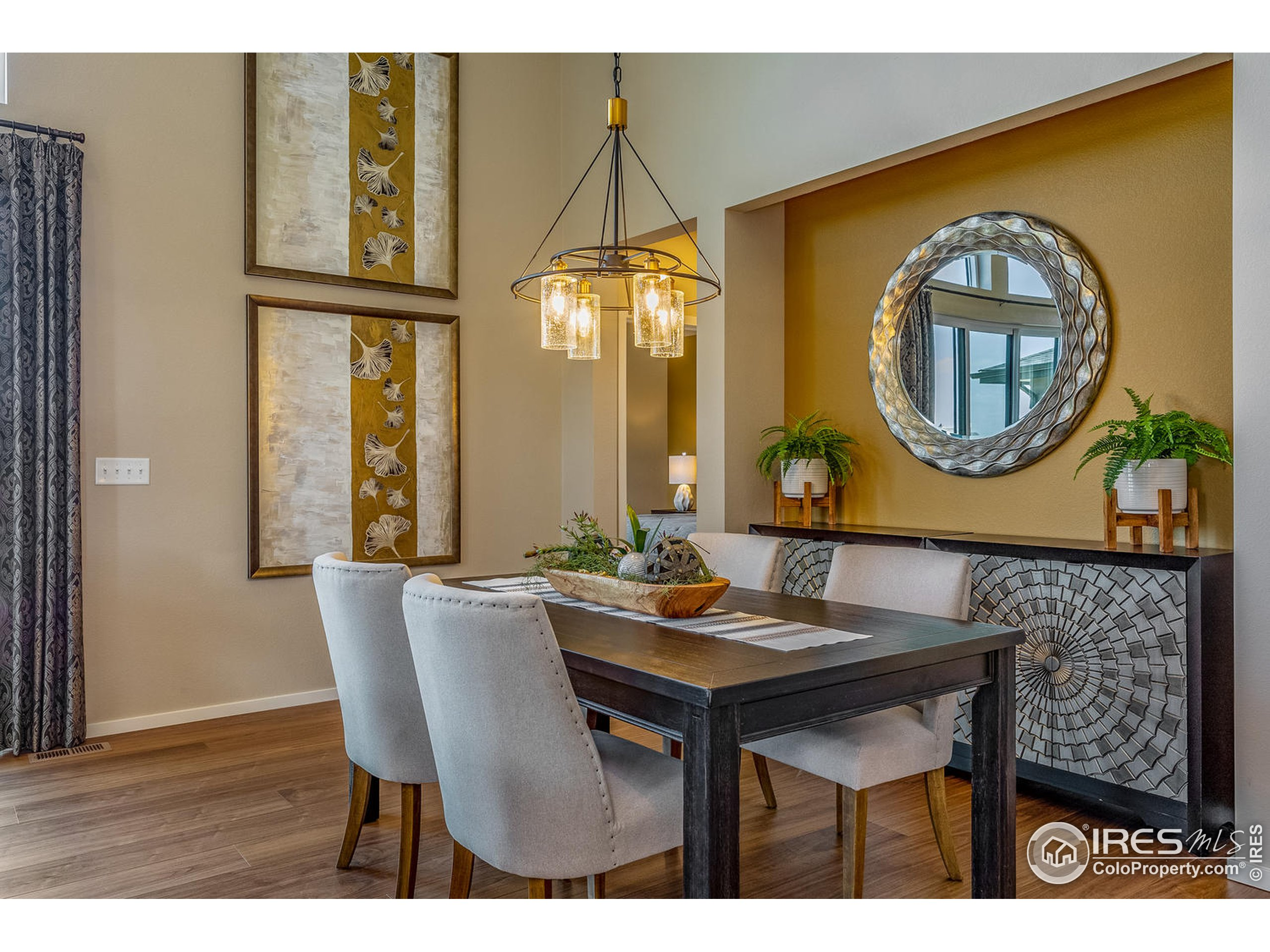 EXAMPLE PHOTO: DINING ROOM & GREAT ROOM OPEN TO KITCHEN