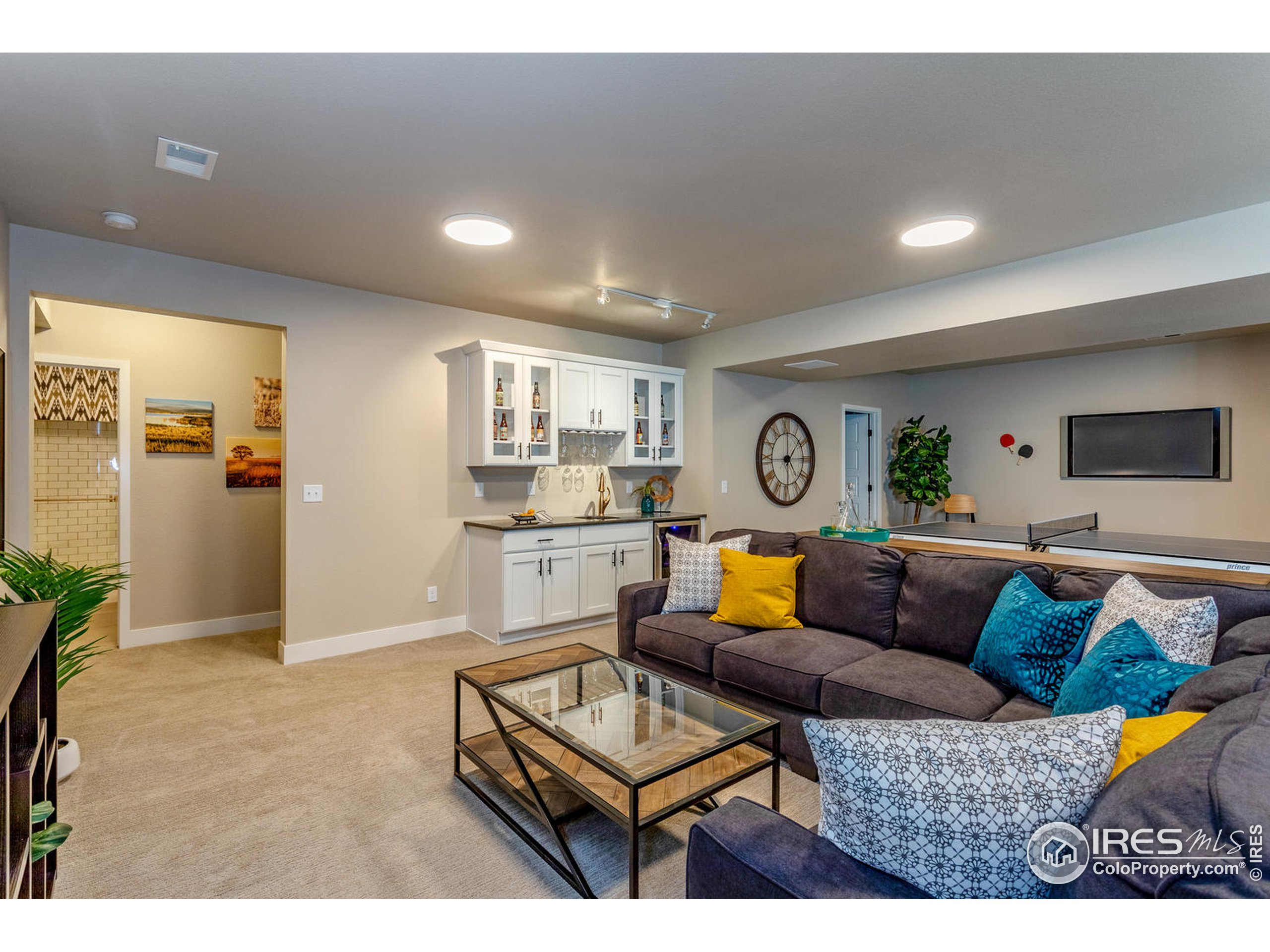 EXAMPLE PHOTO: FINISHED BASEMENT REC ROOM