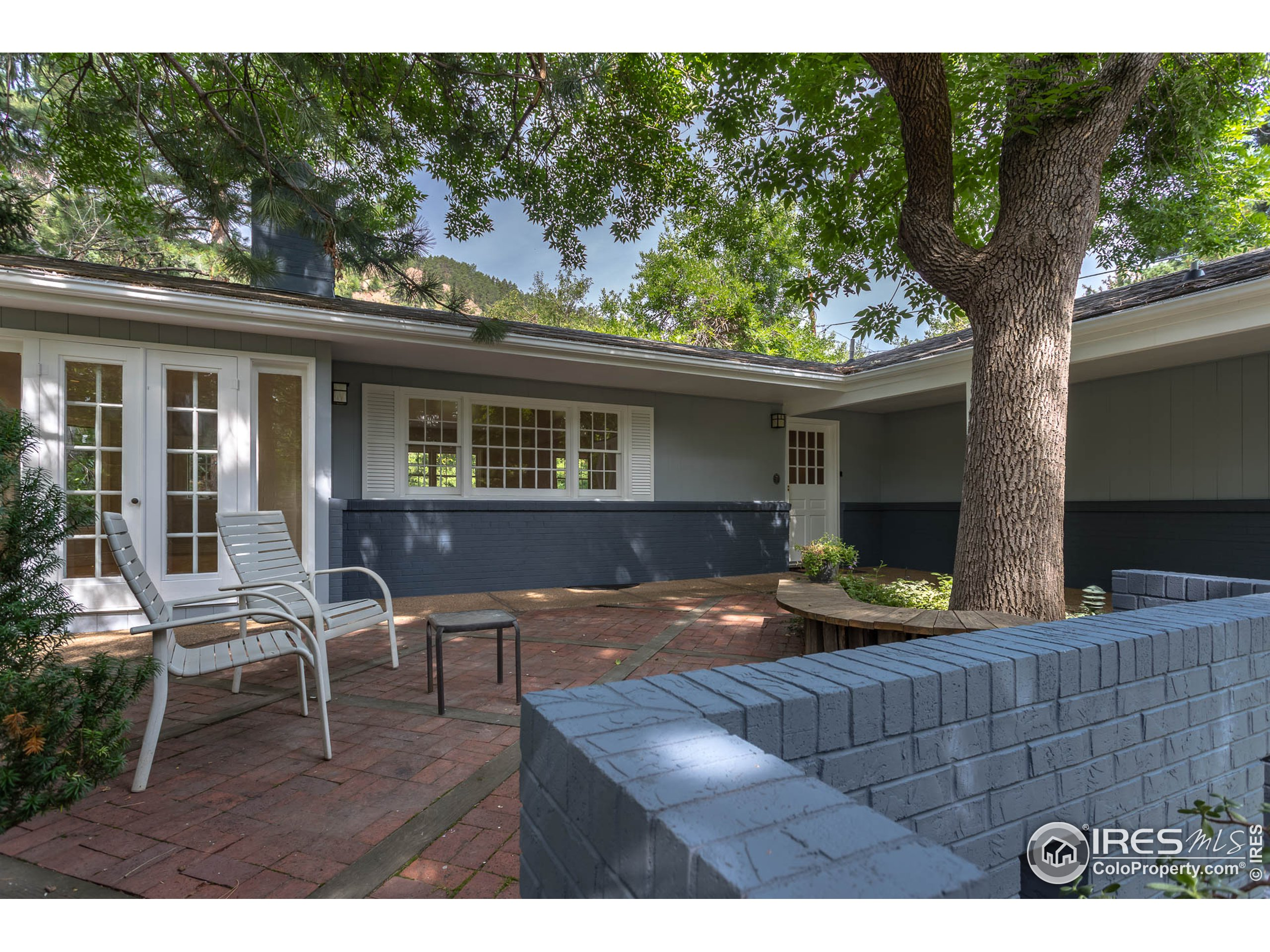 Great front porch with foothill views