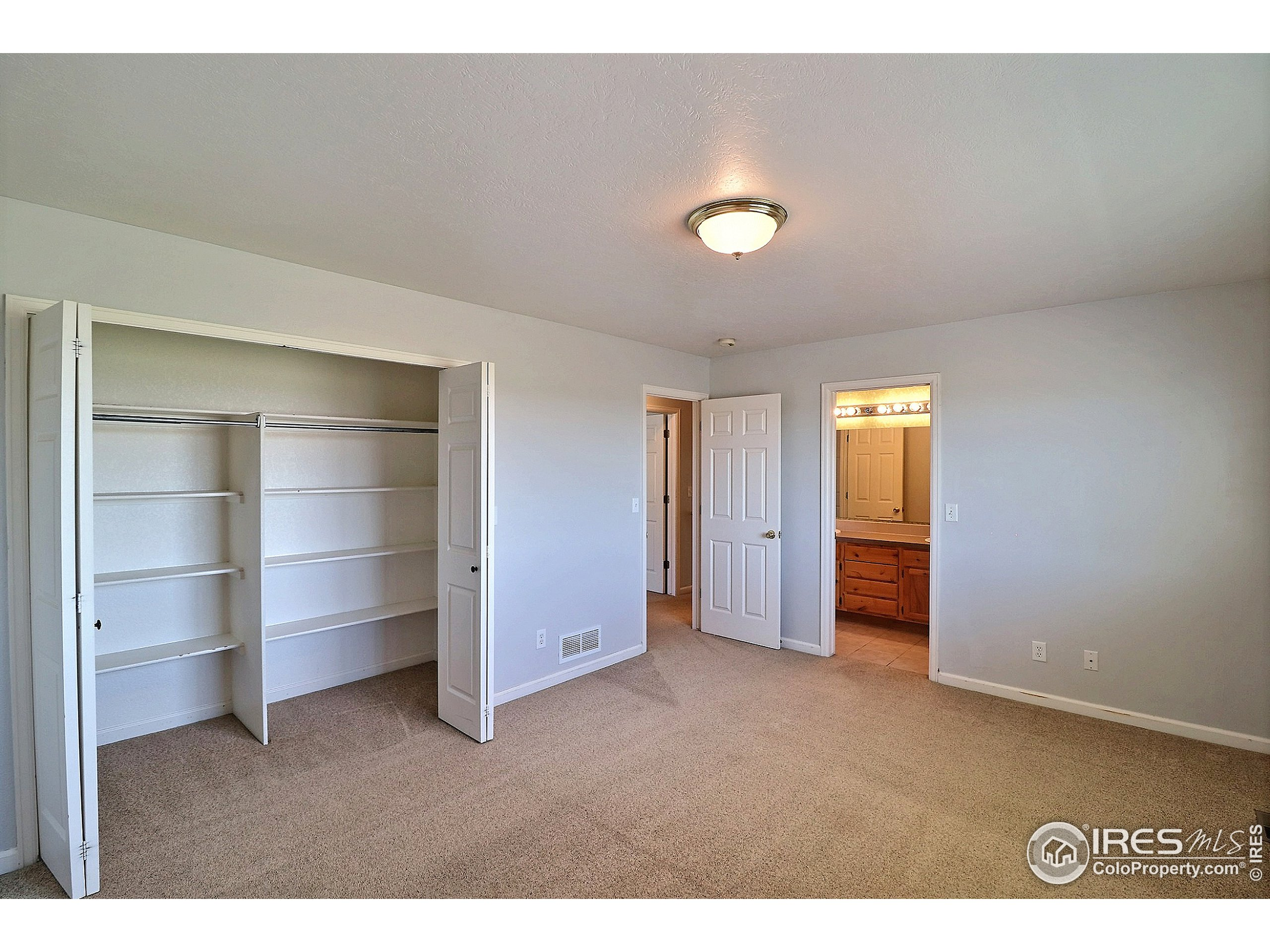 Upstairs Master Bedroom with Large Closet with Organizer