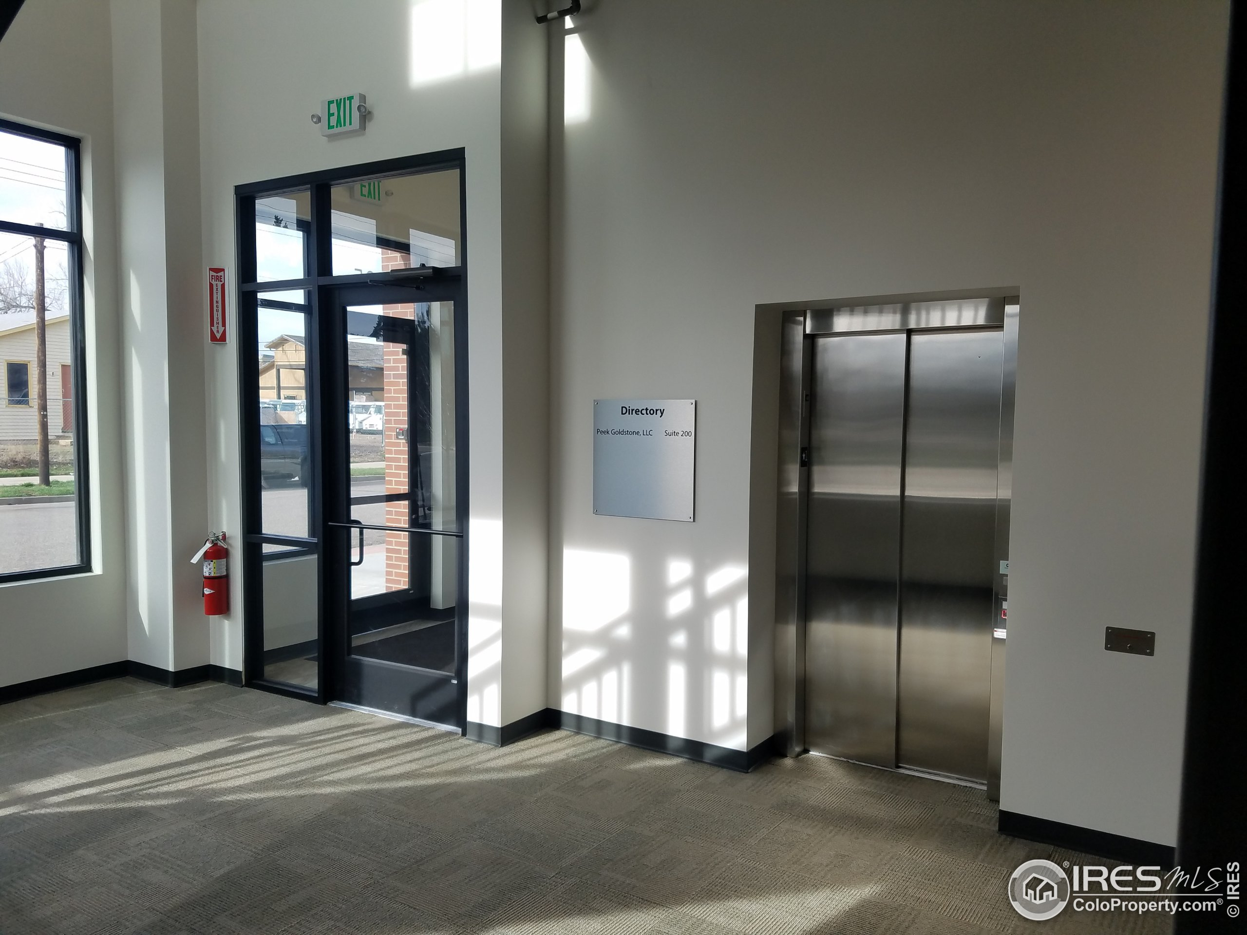 common entry to 2nd floor