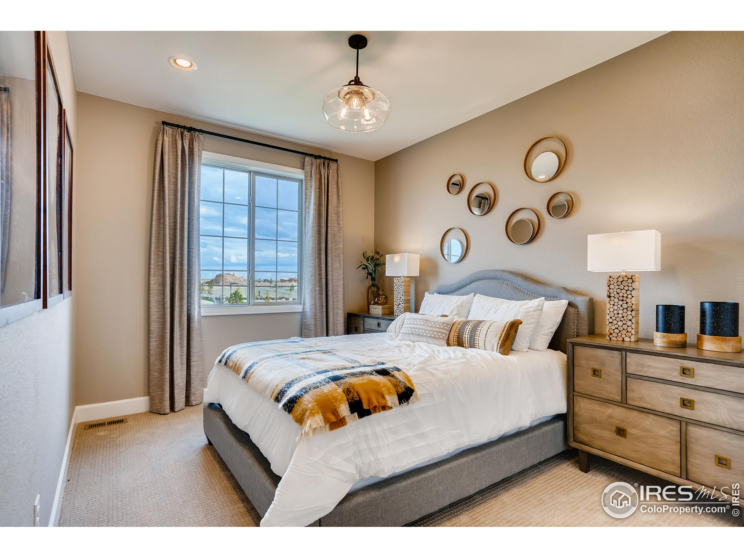 PHOTOS OF MODEL HOME. NOT OF ACTUAL HOME.