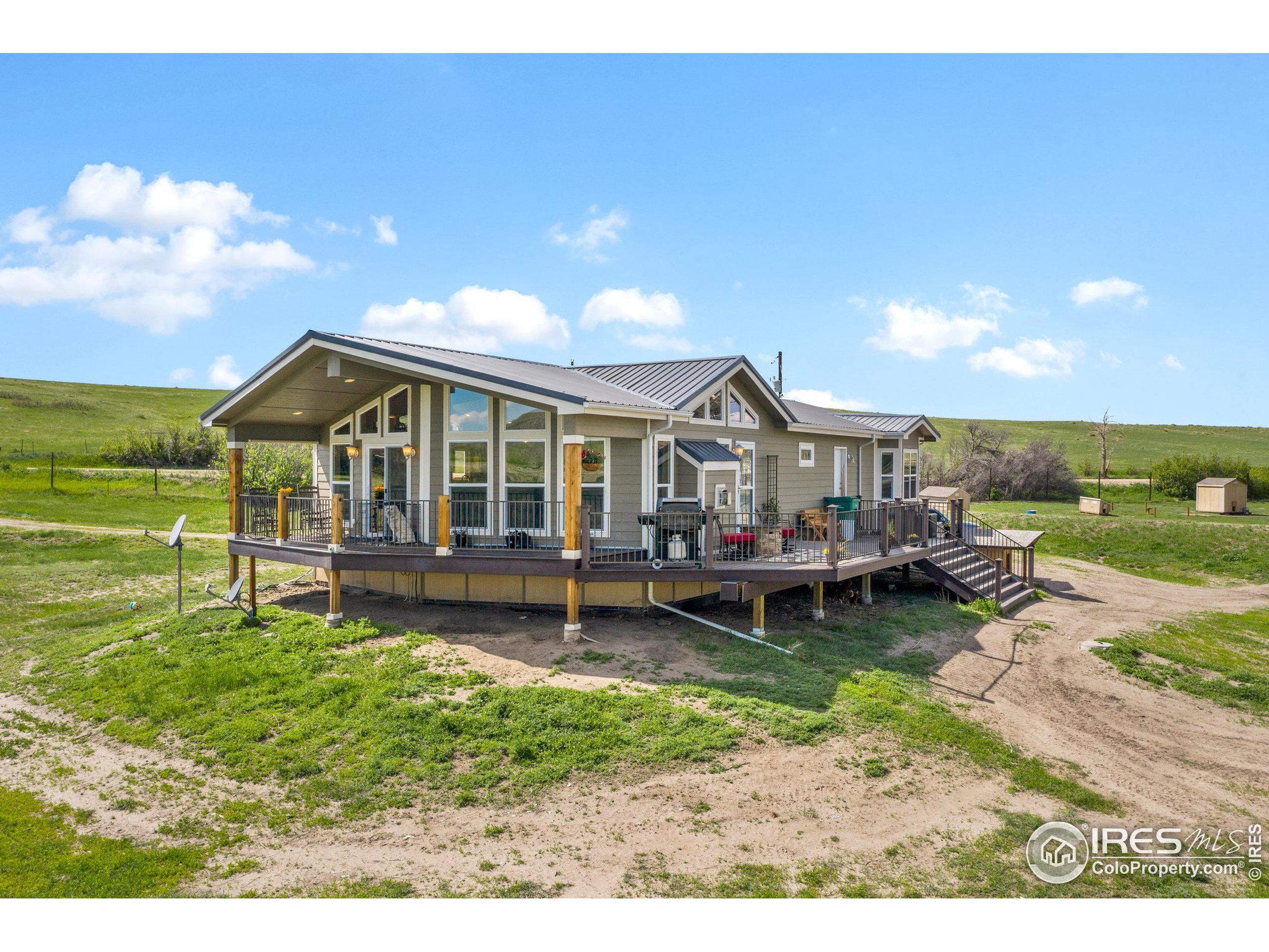 2014 Modular home ~1,797 sq. ft ~ built on a Fox Block Foundation includes a full unfinished basement
