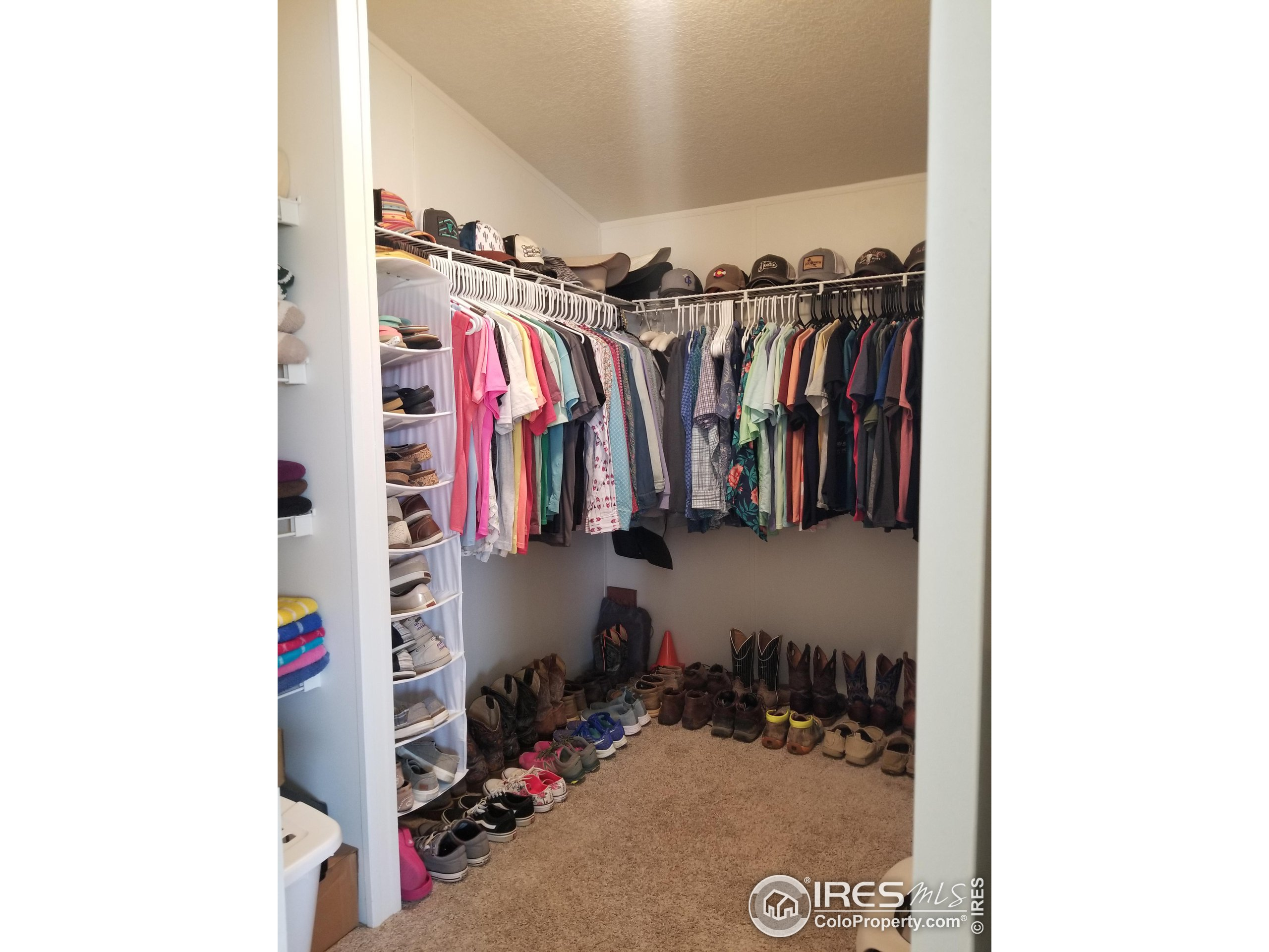 Good sized primary walk in closet