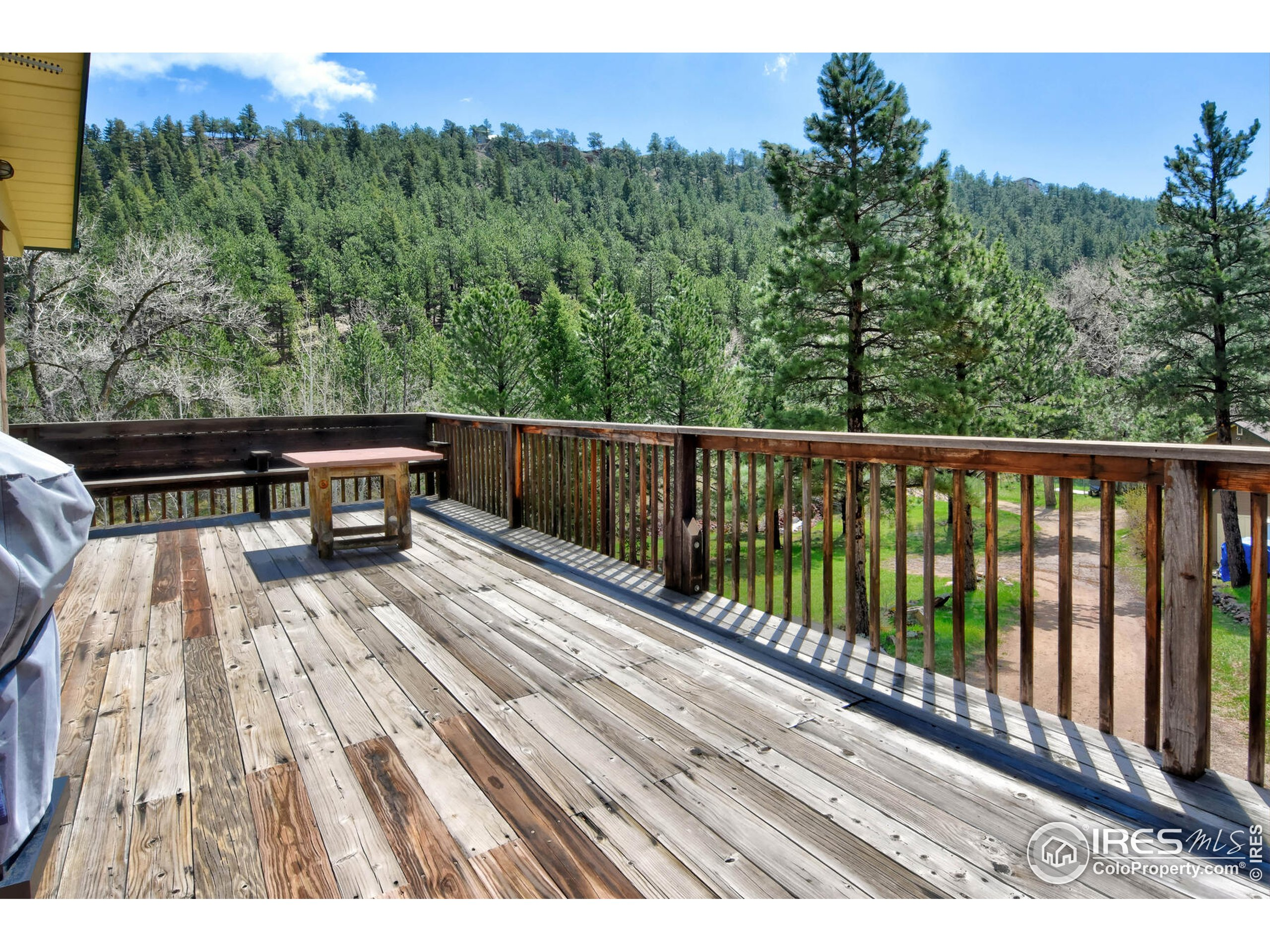 Spacious Deck with views