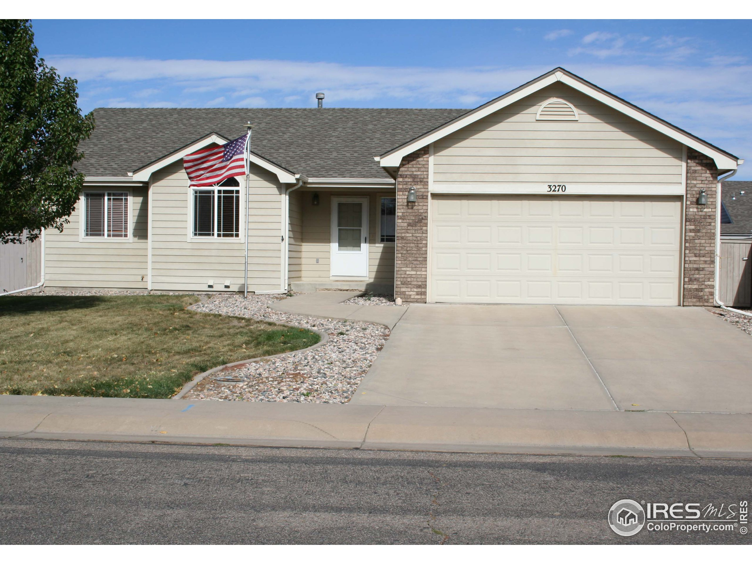 3270 Grizzly Way, Wellington, CO 80549