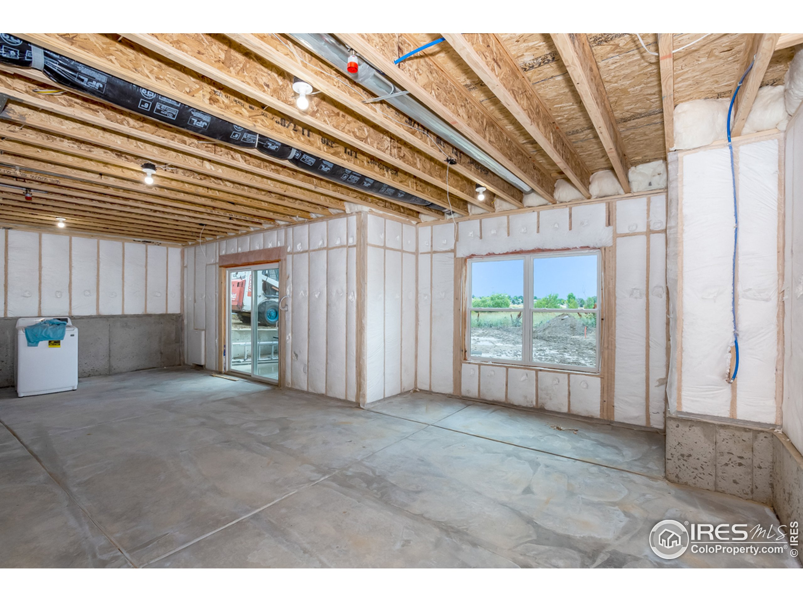 9' ceilings continue in the basement, along with a tankless H20 heater, insulated walls & slab w/ impervious barrier