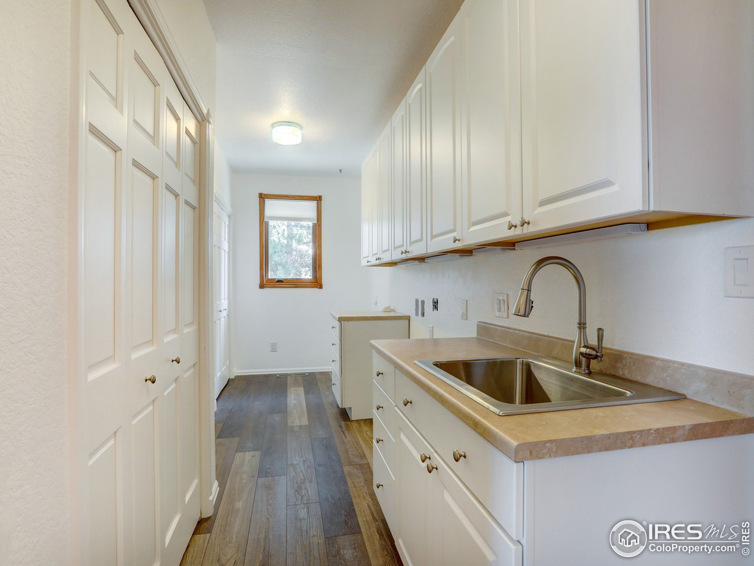 Large laundry and mud room.
