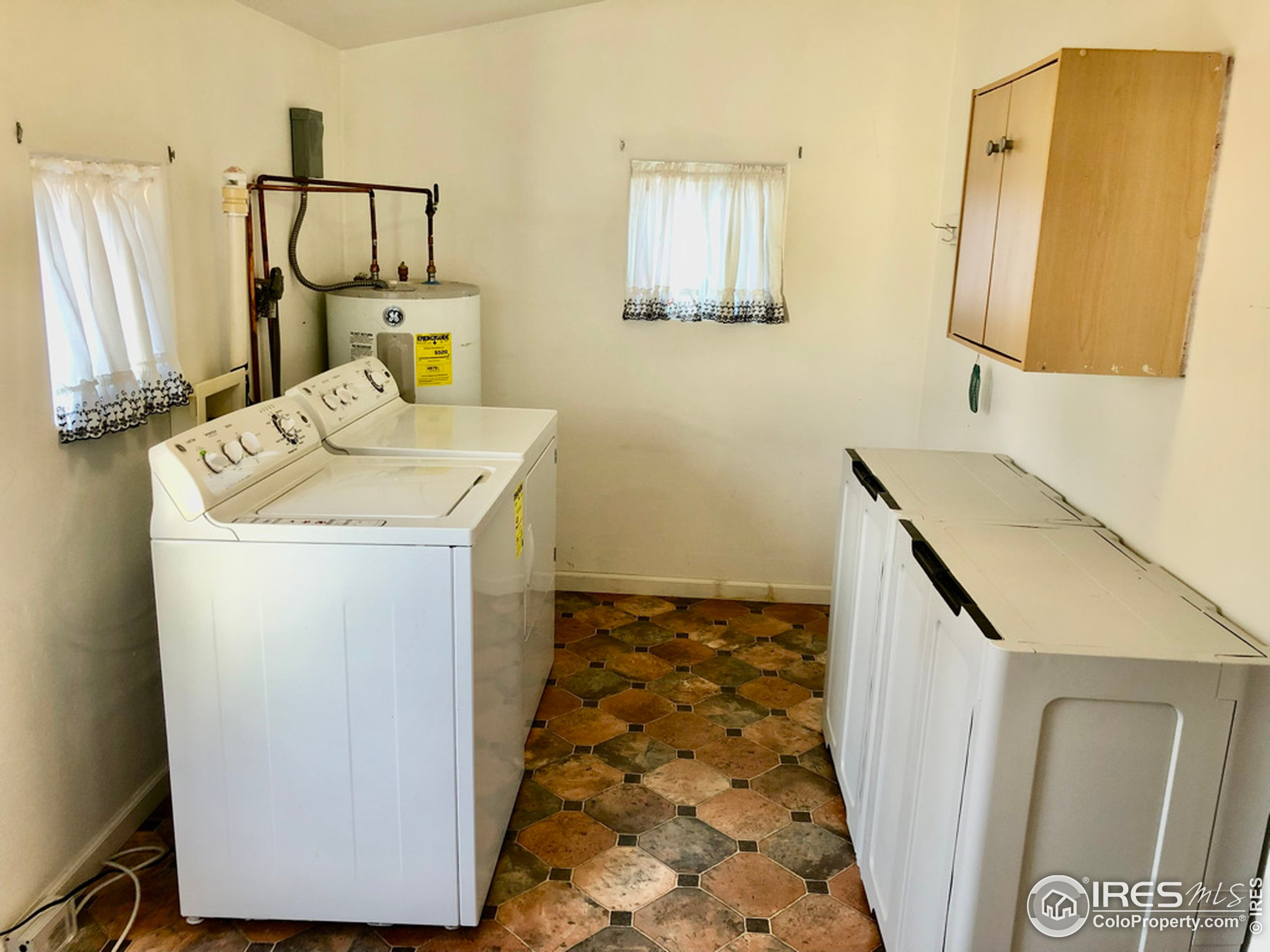 Utility Room, Washer & Dryer Included
