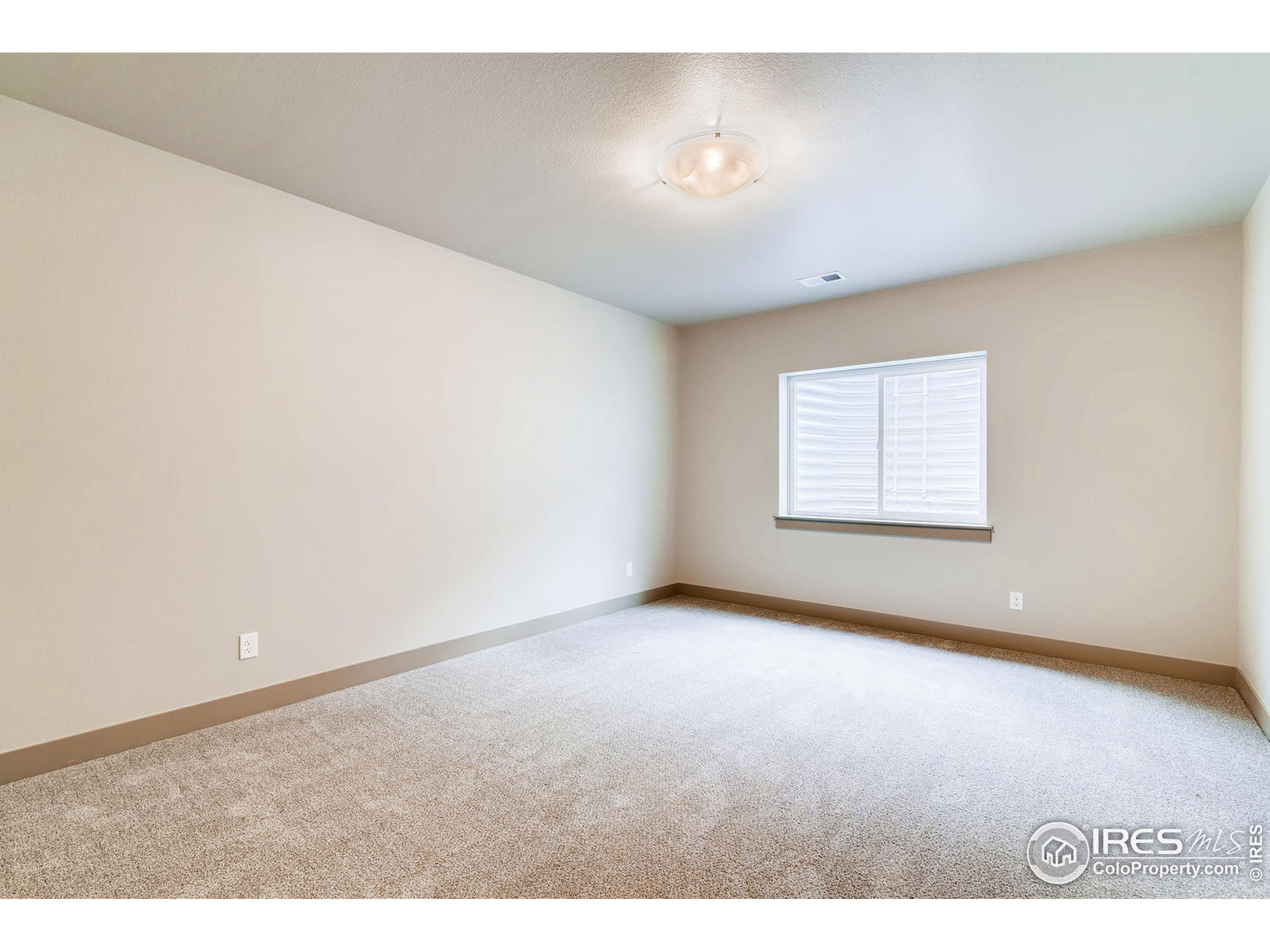 Optional 4th BR downstairs.