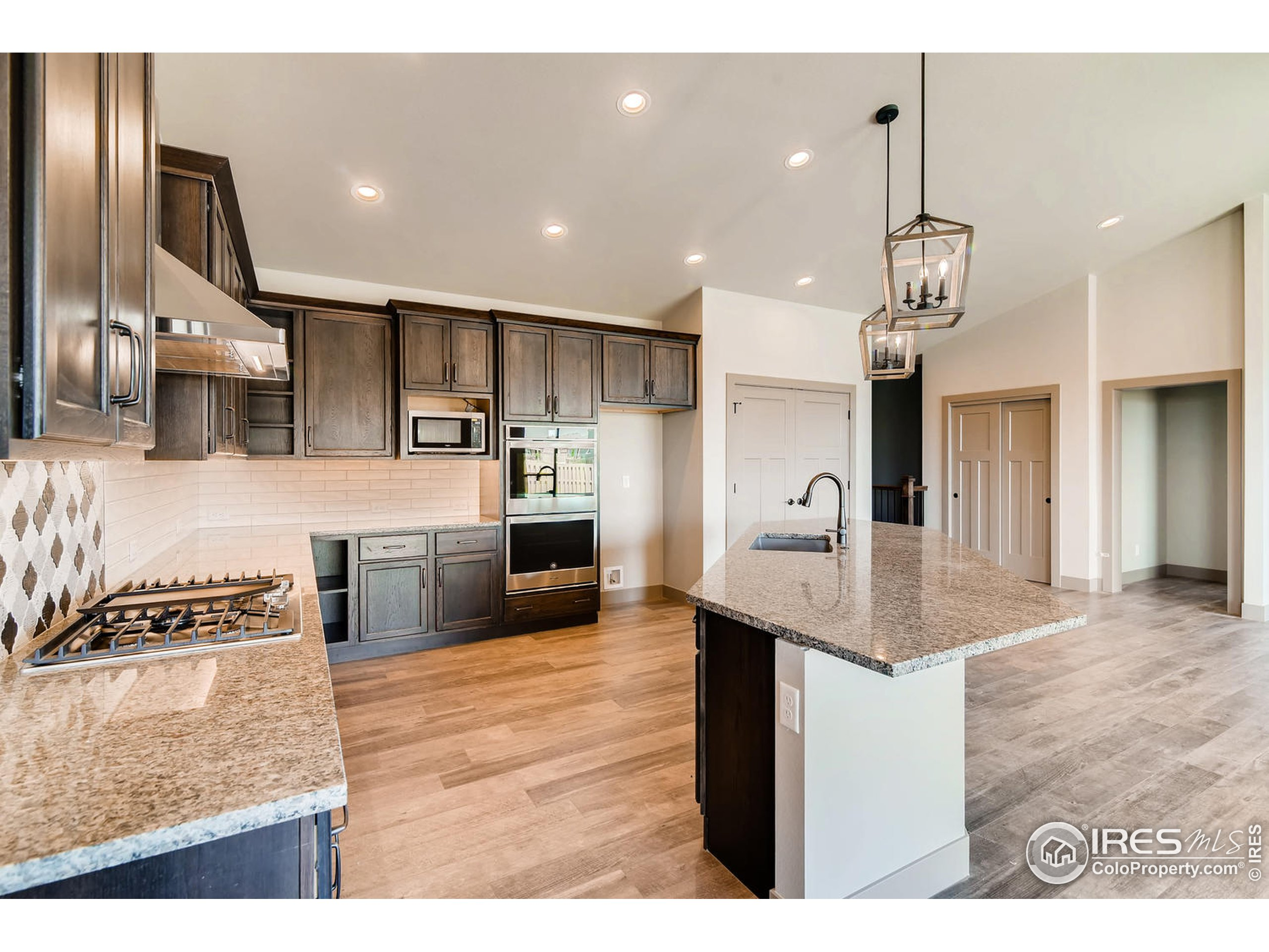 Double Ovens and Large Pantry.