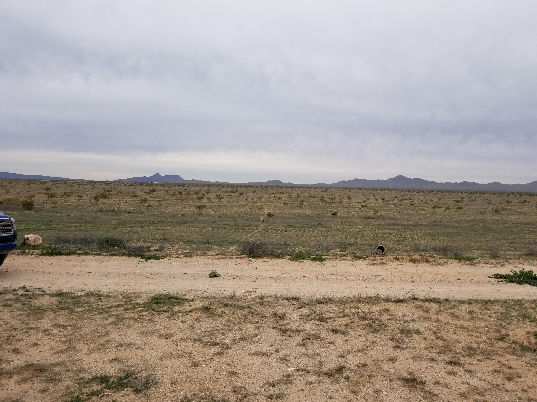 532XX W Elliot Road, Tonopah, Arizona 85354, ,Land,For Sale,532XX W Elliot Road,6033906