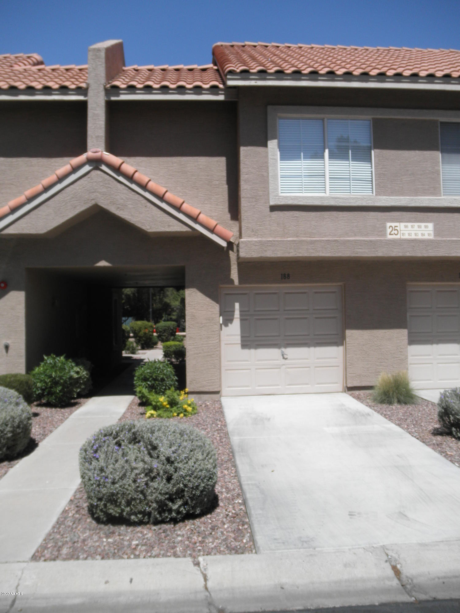 1633 E LAKESIDE Drive # 188, Gilbert, AZ 85234, 2 Bedrooms Bedrooms, ,Residential Lease,For Rent,1633 E LAKESIDE Drive # 188,6047947