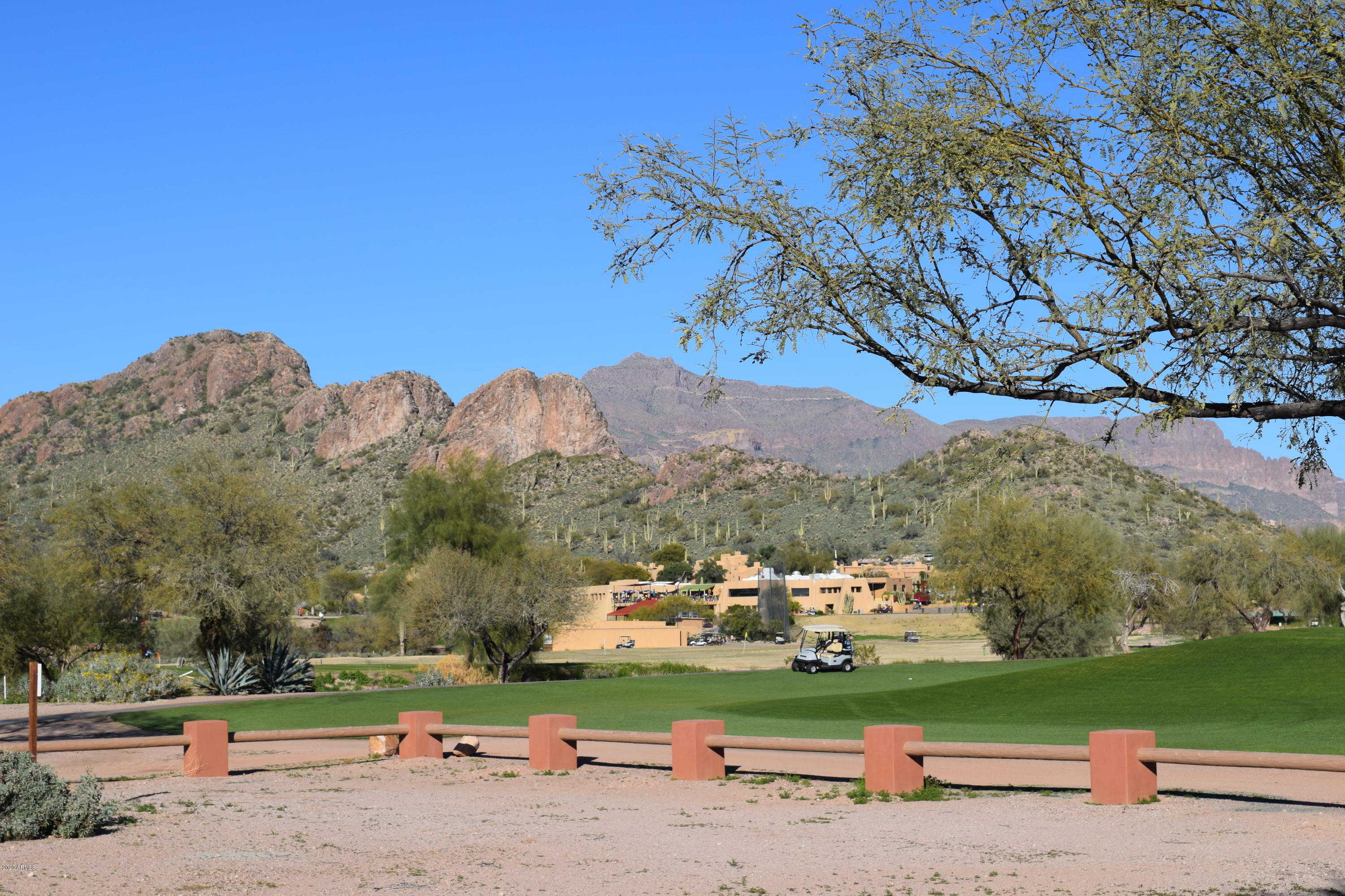 6744 S HAUNTED CANYON Road, Gold Canyon, Arizona 85118, 3 Bedrooms Bedrooms, ,Residential Lease,For Rent,6744 S HAUNTED CANYON Road,6037527
