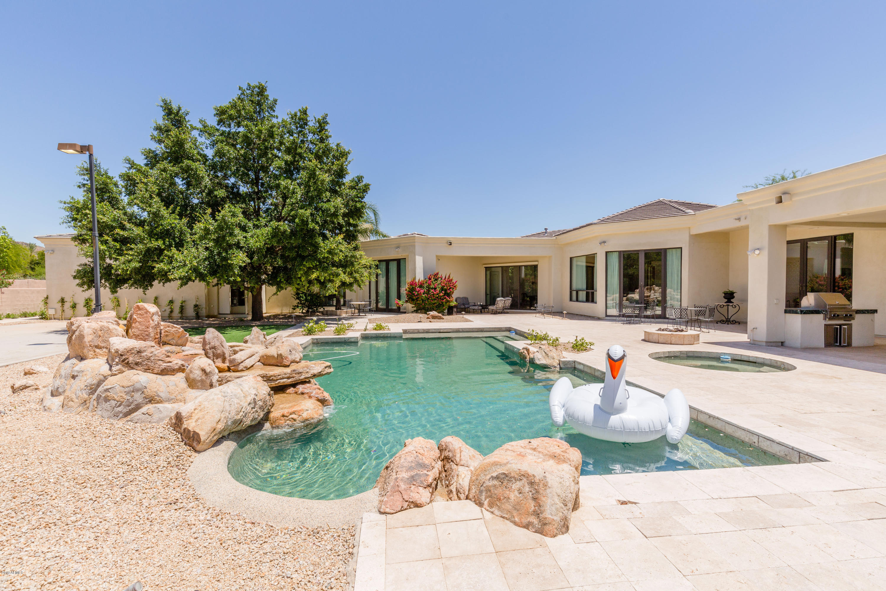 6502 N LOST DUTCHMAN Drive, Paradise Valley, AZ 85253, 5 Bedrooms Bedrooms, ,Residential Lease,For Rent,6502 N LOST DUTCHMAN Drive,6062982