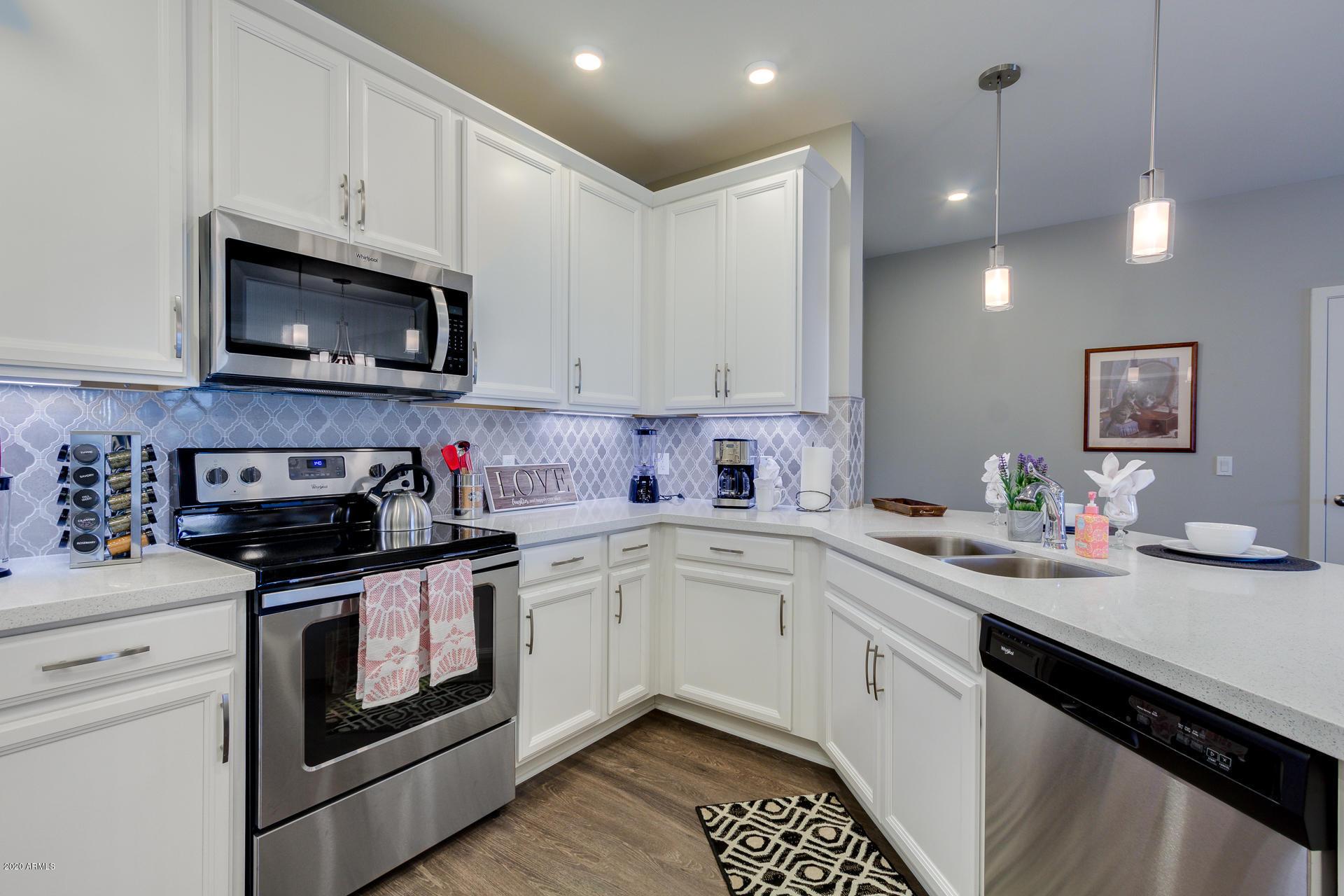 2511 W QUEEN CREEK Road # 160, Chandler, AZ 85248, 2 Bedrooms Bedrooms, ,Residential Lease,For Rent,2511 W QUEEN CREEK Road # 160,6067070