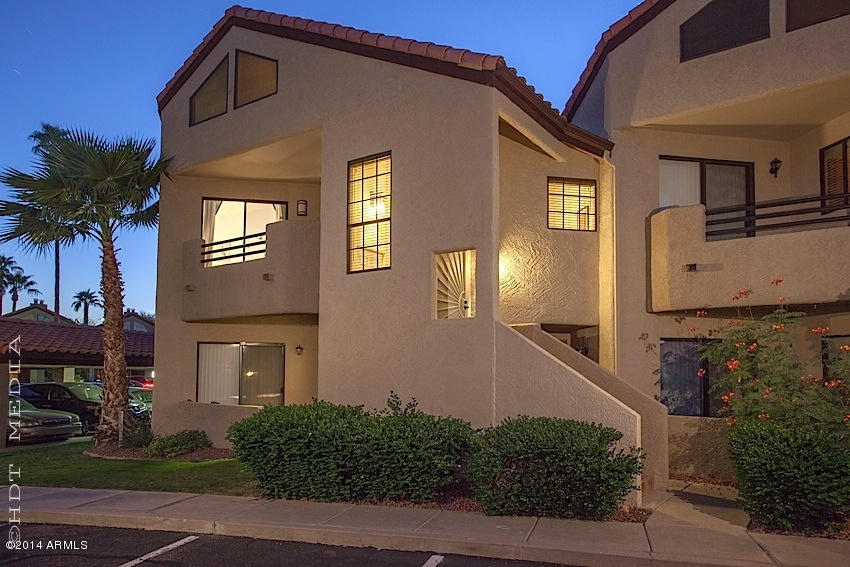 10301 N 70TH Street # 225, Paradise Valley, Arizona 85253, 2 Bedrooms Bedrooms, ,Residential Lease,For Rent,10301 N 70TH Street # 225,6139009