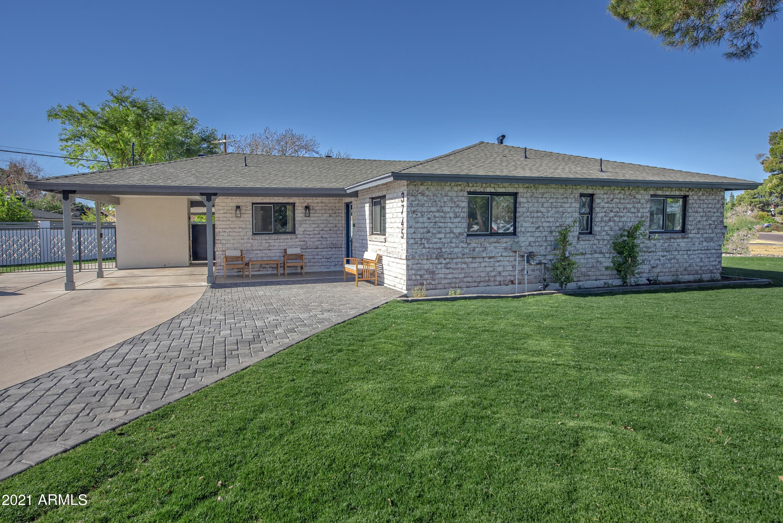 3745 E Amelia Avenue, Phoenix, AZ 85018, 3 Bedrooms Bedrooms, ,Residential Lease,For Rent,3745 E Amelia Avenue,6184099