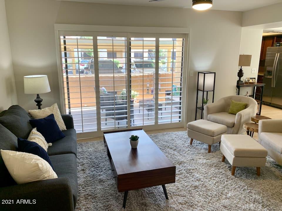 9990 N SCOTTSDALE Road # 1009, Paradise Valley, AZ 85253, 2 Bedrooms Bedrooms, ,Residential Lease,For Rent,9990 N SCOTTSDALE Road # 1009,6191003