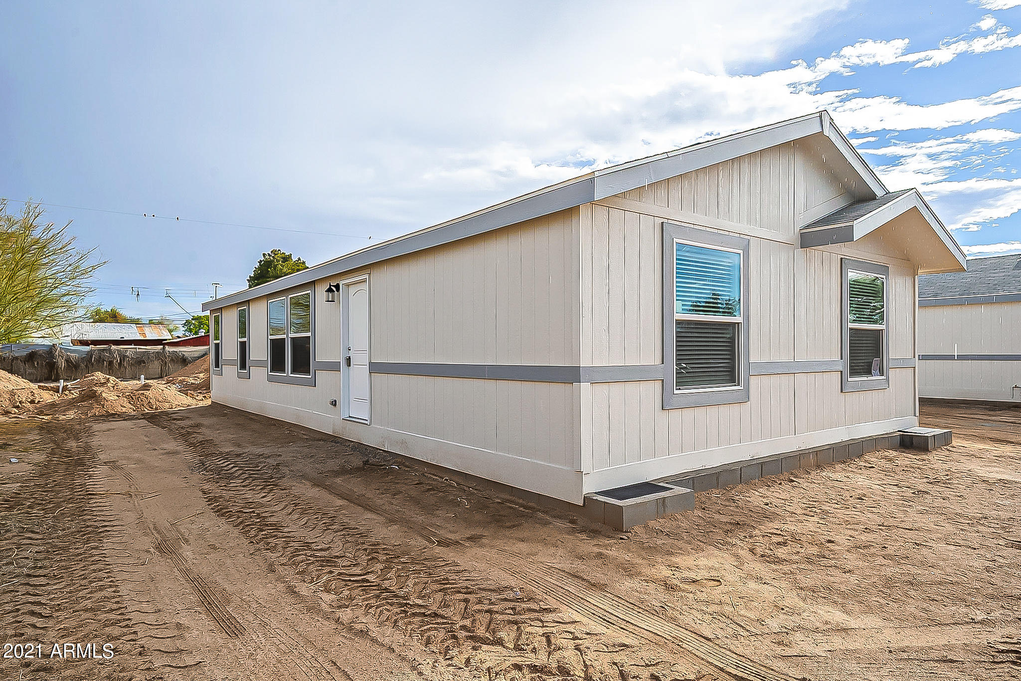 218 6TH Avenue E, Buckeye, AZ 85326, 3 Bedrooms Bedrooms, ,Residential,For Sale,218 6TH Avenue E,6192093