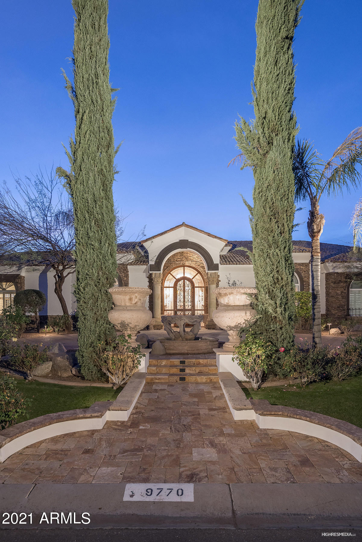 9770 N 56TH Street, Paradise Valley, AZ 85253, 6 Bedrooms Bedrooms, ,Residential Lease,For Rent,9770 N 56TH Street,6194594