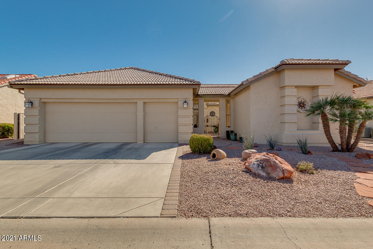 9509 E ROCKY LAKE Drive, Sun Lakes, AZ 85248, 3 Bedrooms Bedrooms, ,Residential,For Sale,9509 E ROCKY LAKE Drive,6201117