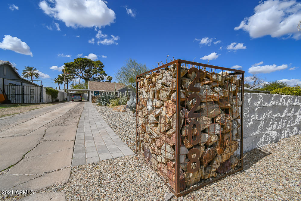2208 N 22nd Place, Phoenix, AZ 85006, 3 Bedrooms Bedrooms, ,Residential,For Sale,2208 N 22nd Place,6202630