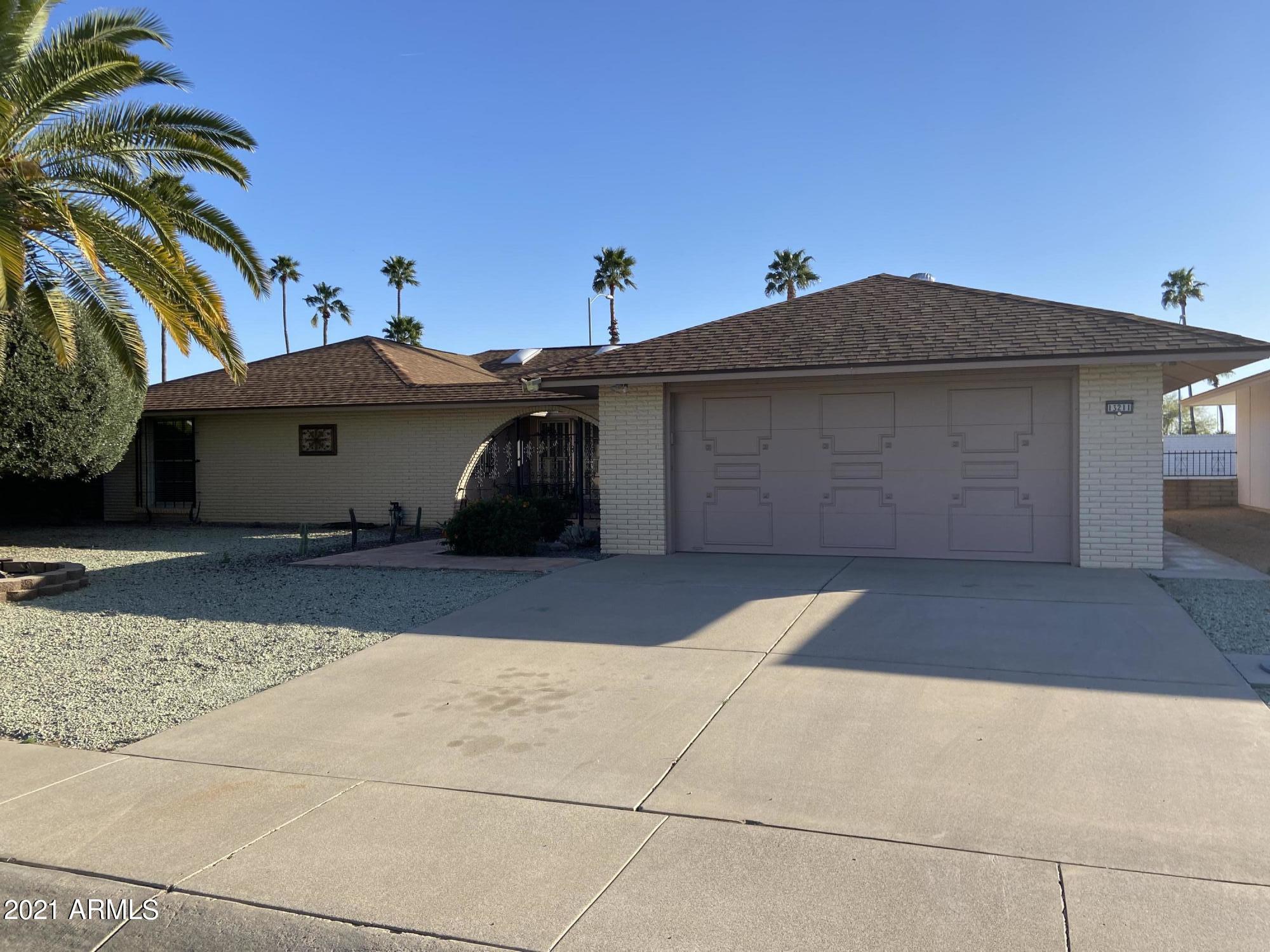 13211 W DESERT GLEN Drive, Sun City West, AZ 85375, 3 Bedrooms Bedrooms, ,Residential,For Sale,13211 W DESERT GLEN Drive,6203869