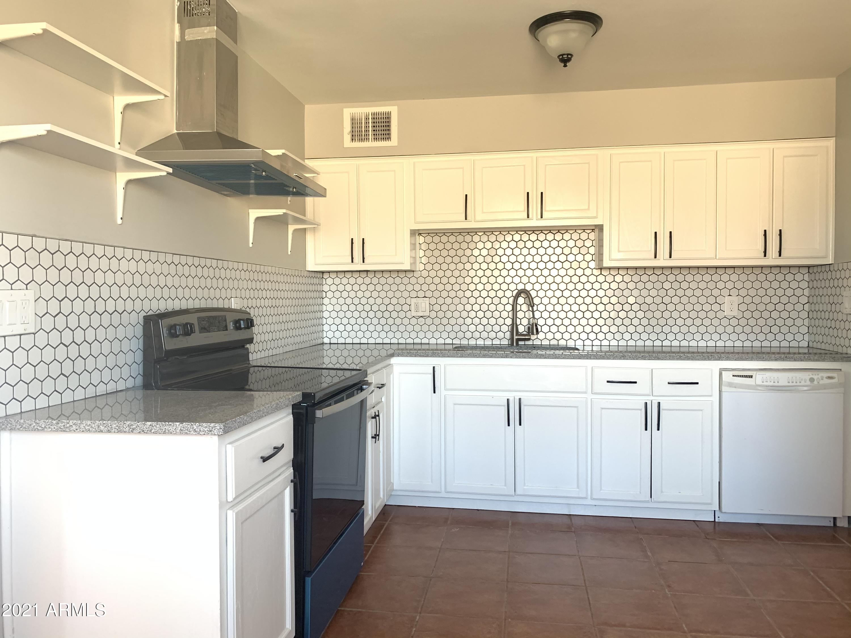 202 4TH Avenue W, Buckeye, AZ 85326, 2 Bedrooms Bedrooms, ,Residential,For Sale,202 4TH Avenue W,6211430