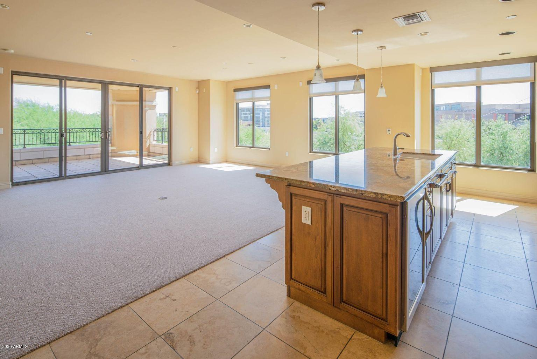 7181 E CAMELBACK Road # 306, Scottsdale, AZ 85251, 2 Bedrooms Bedrooms, ,Residential Lease,For Rent,7181 E CAMELBACK Road # 306,6249659