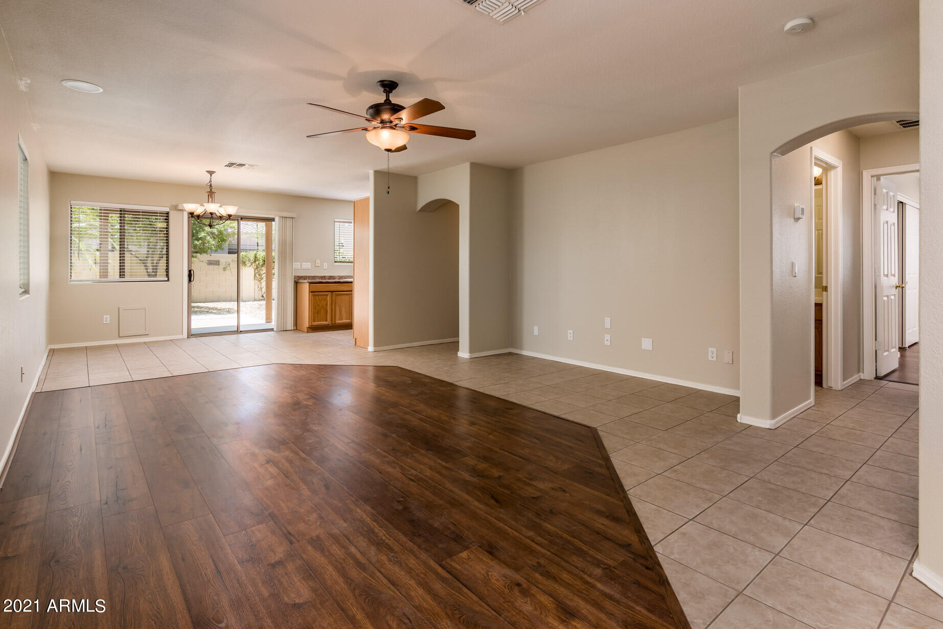 Residential Lease For Rent Surprise