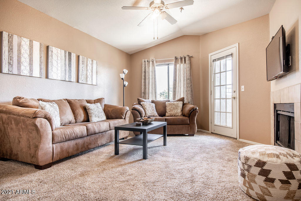 2025 E CAMPBELL Avenue # 332, Phoenix, AZ 85016, 2 Bedrooms Bedrooms, ,Residential Lease,For Rent,2025 E CAMPBELL Avenue # 332,6256932