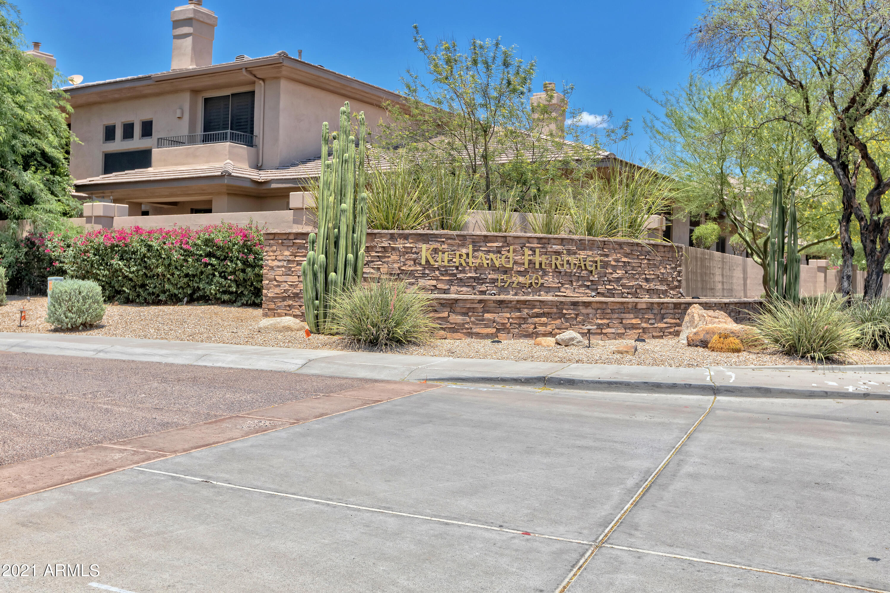 15240 N CLUBGATE Drive # 150, Scottsdale, AZ 85254, 3 Bedrooms Bedrooms, ,Residential Lease,For Rent,15240 N CLUBGATE Drive # 150,6260553